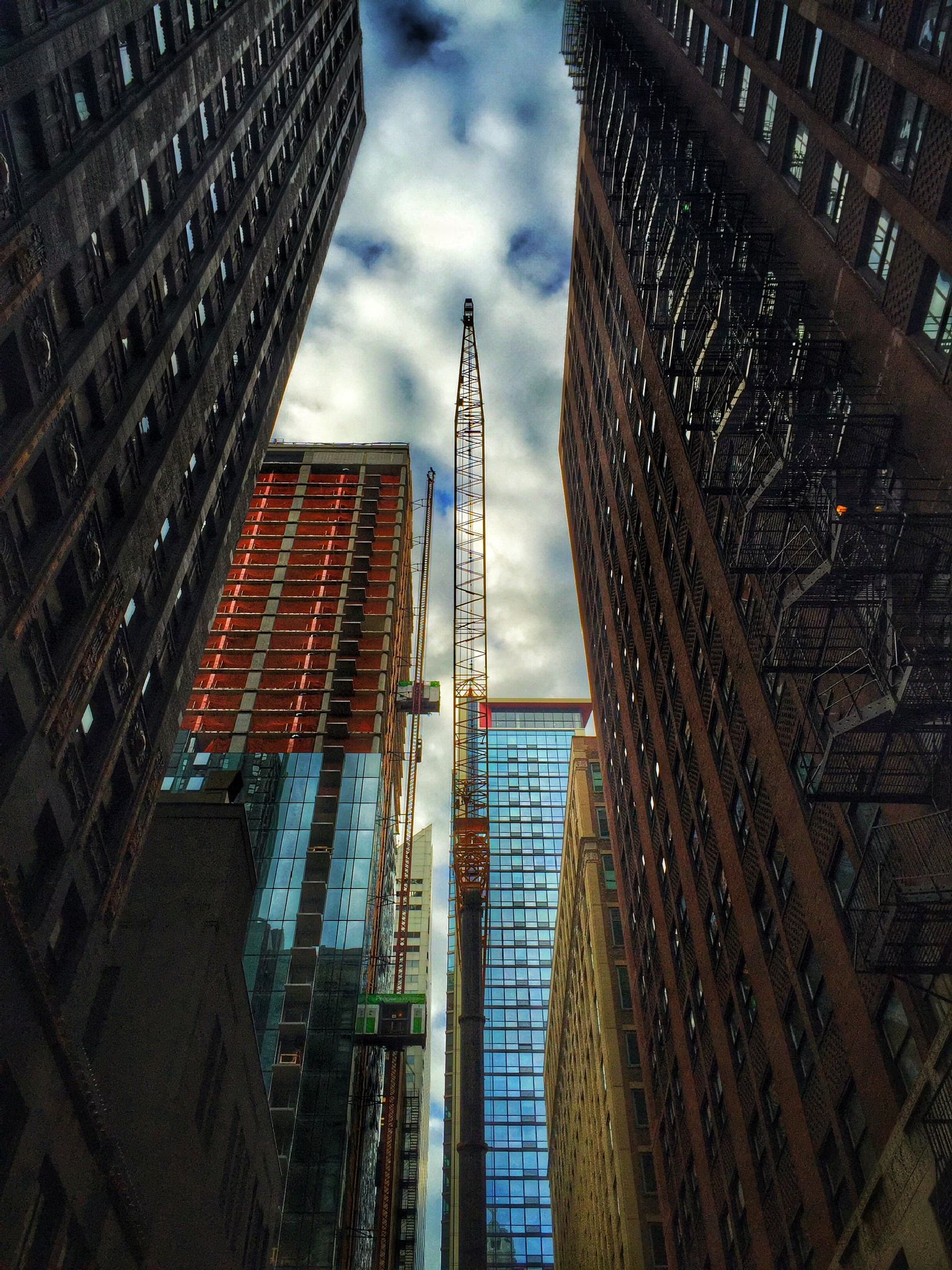 The Rise of a Building  by rickferris