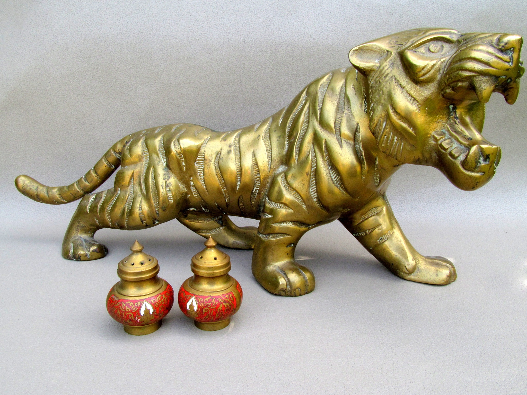 Brass lion by JudyKolka
