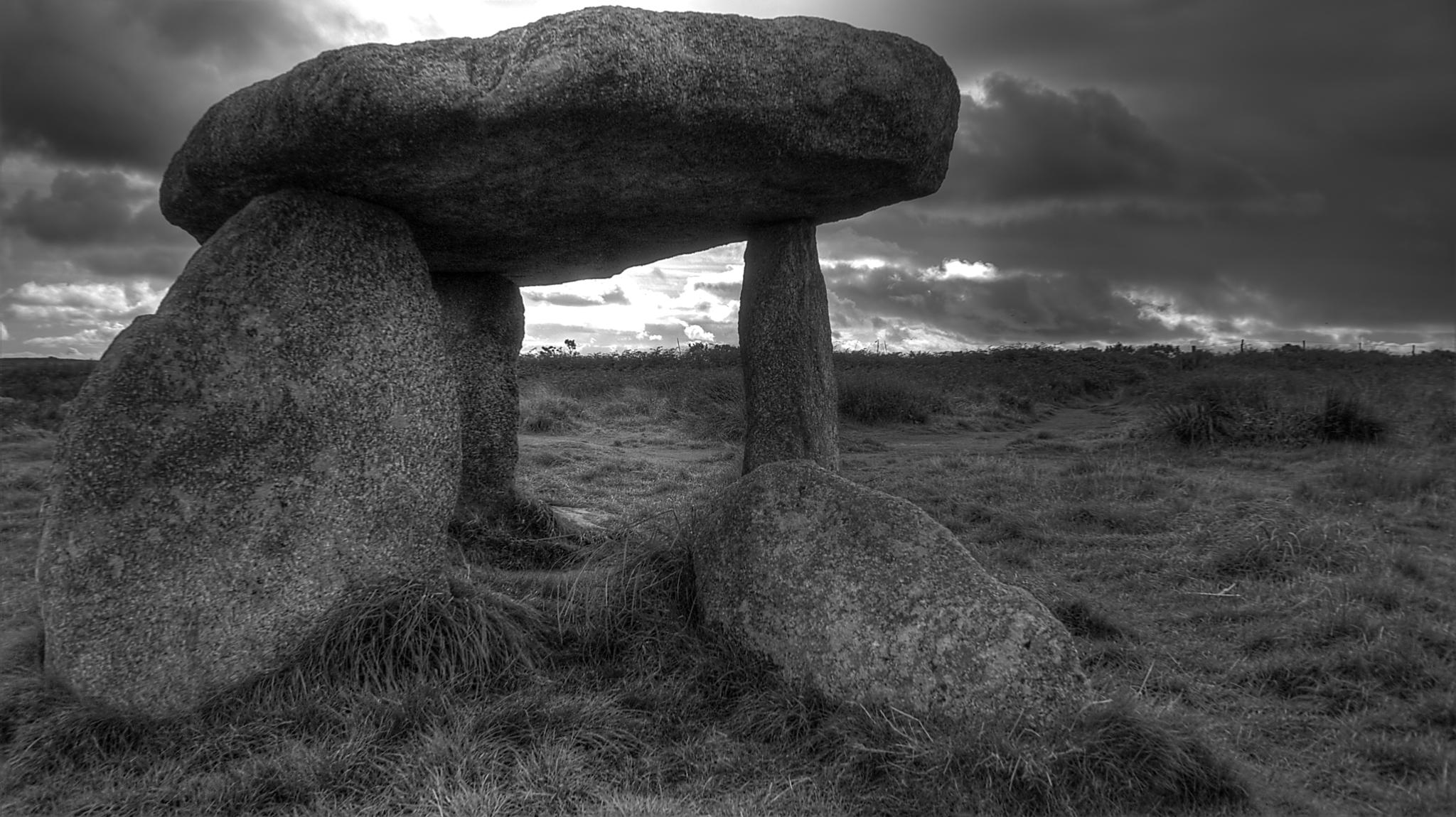 Lanyon Quoit by Todd Edson