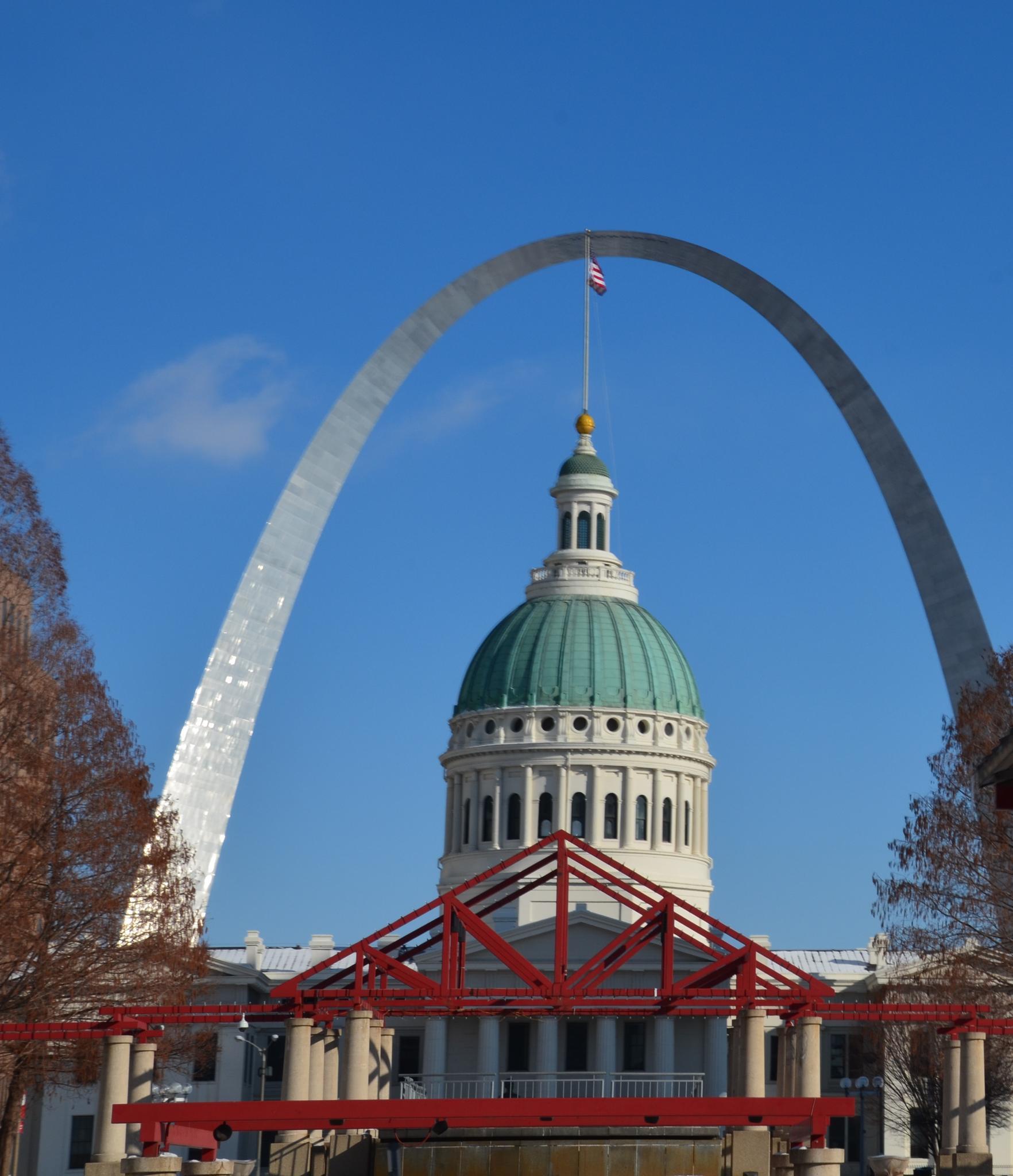 St. Louis Arch by Grace Lee