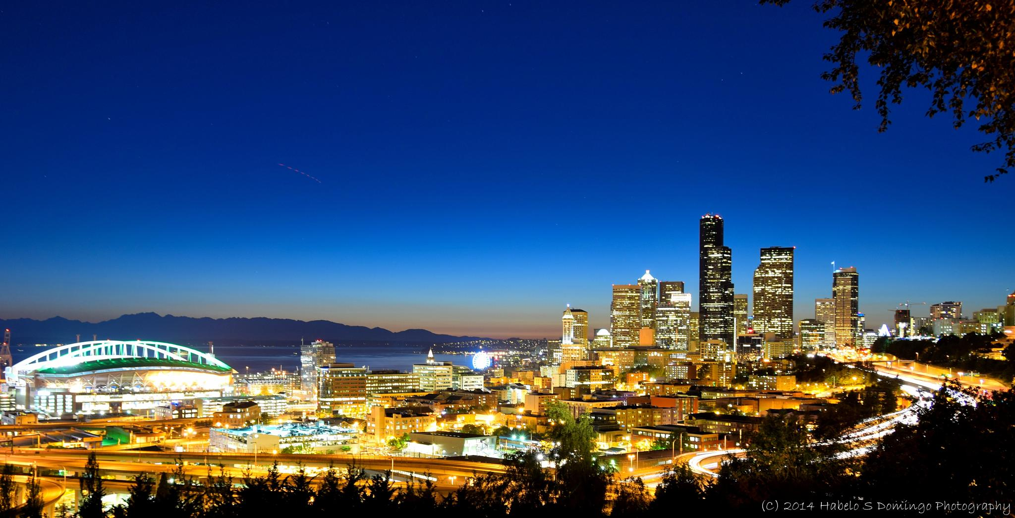 Seattle after Sunset by 808HabeloD.