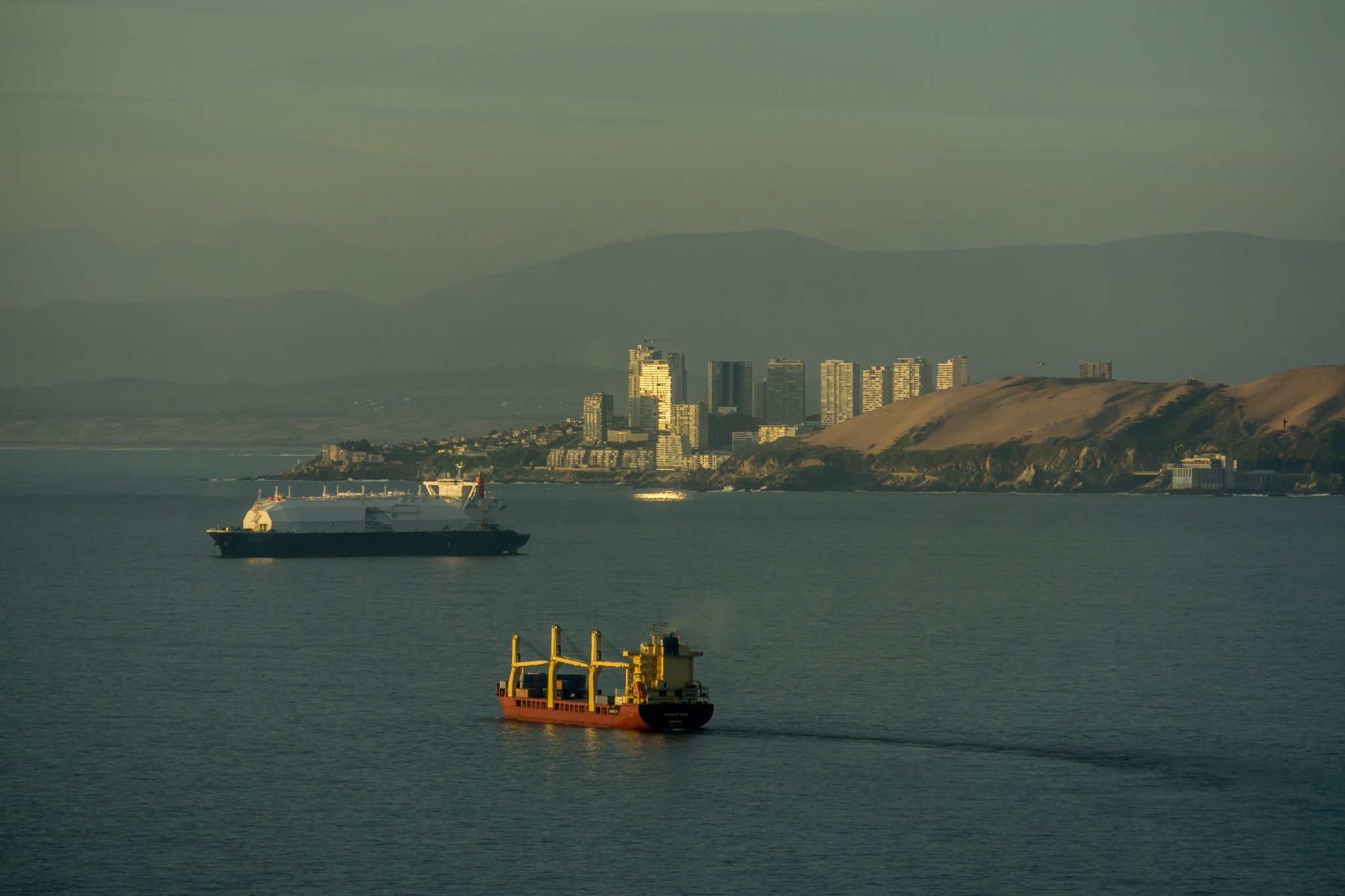 ships in the bay of Valparaiso by Daniel M.