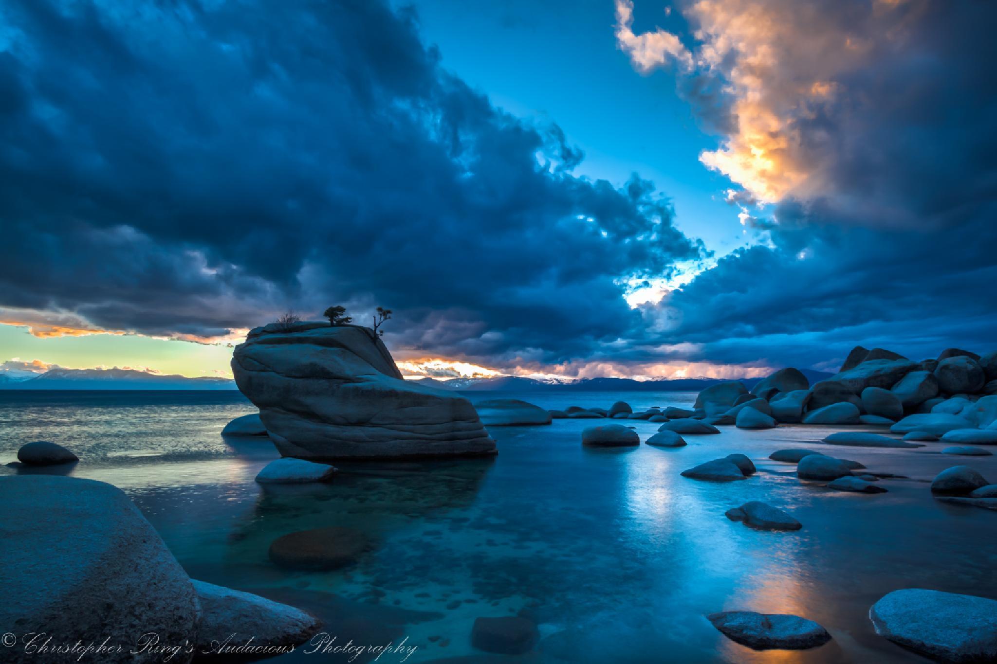 Lake Tahoe, Bonsai Rock by clring2004