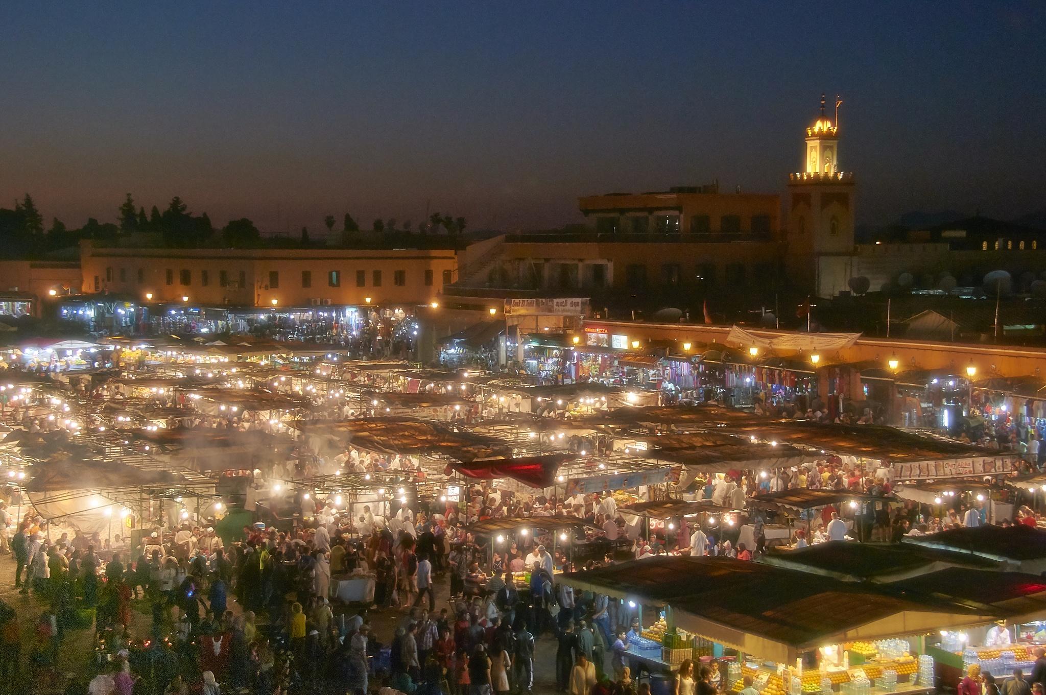 medina by night by miwwim