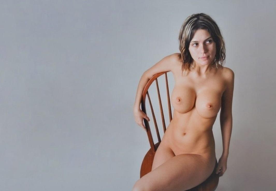 Wooden chair by PhotomanNL