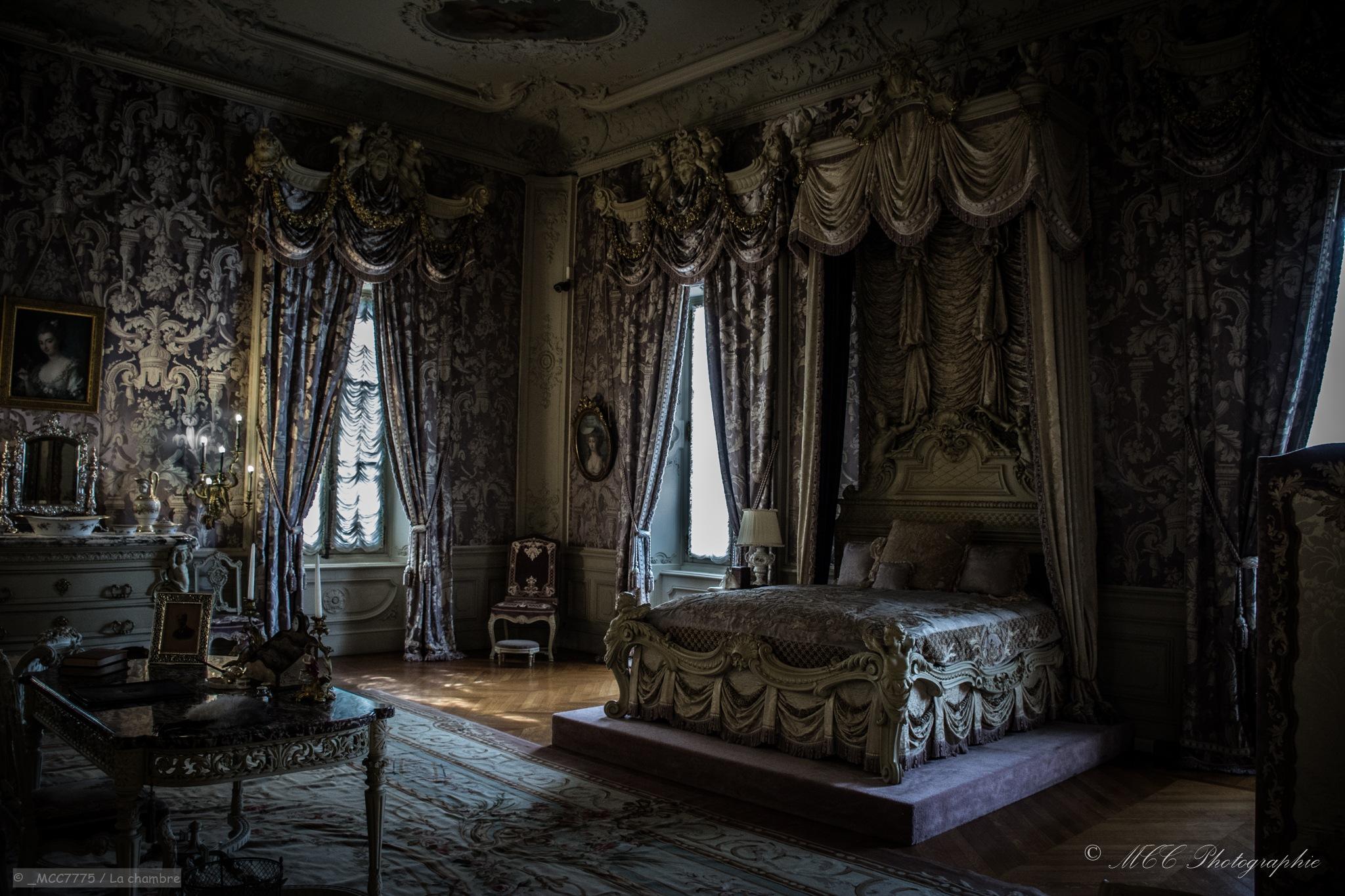 La chambre by Marie-Claude Caouette