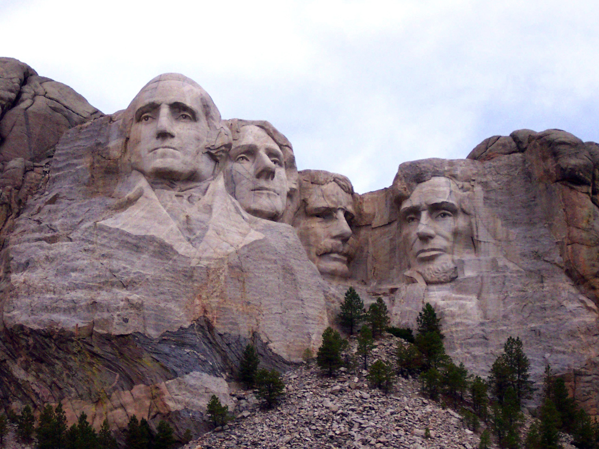 Mount Rushmore National Park by alisa.wilkerson.5