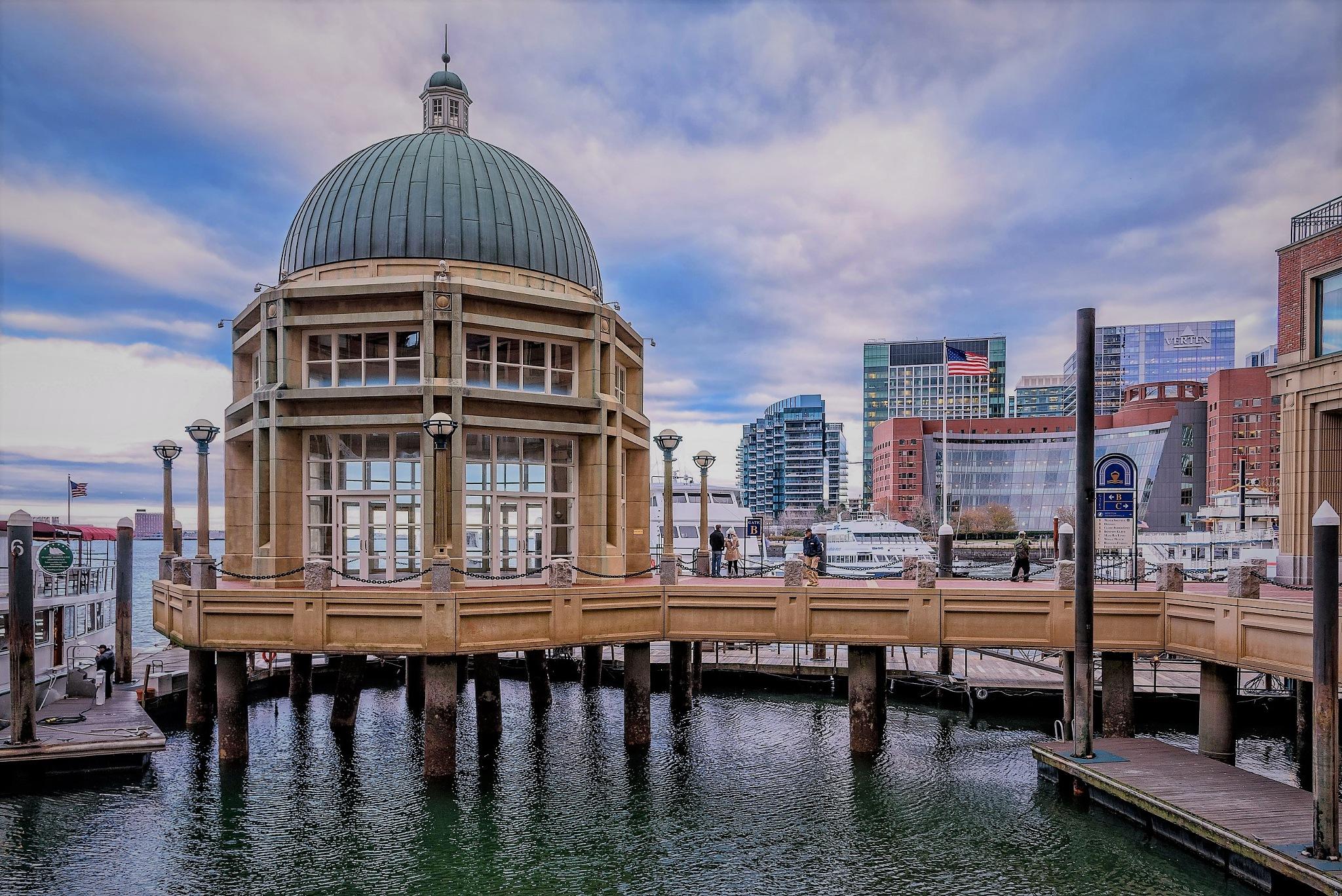 Boston harbour by Stamatis Vlahos