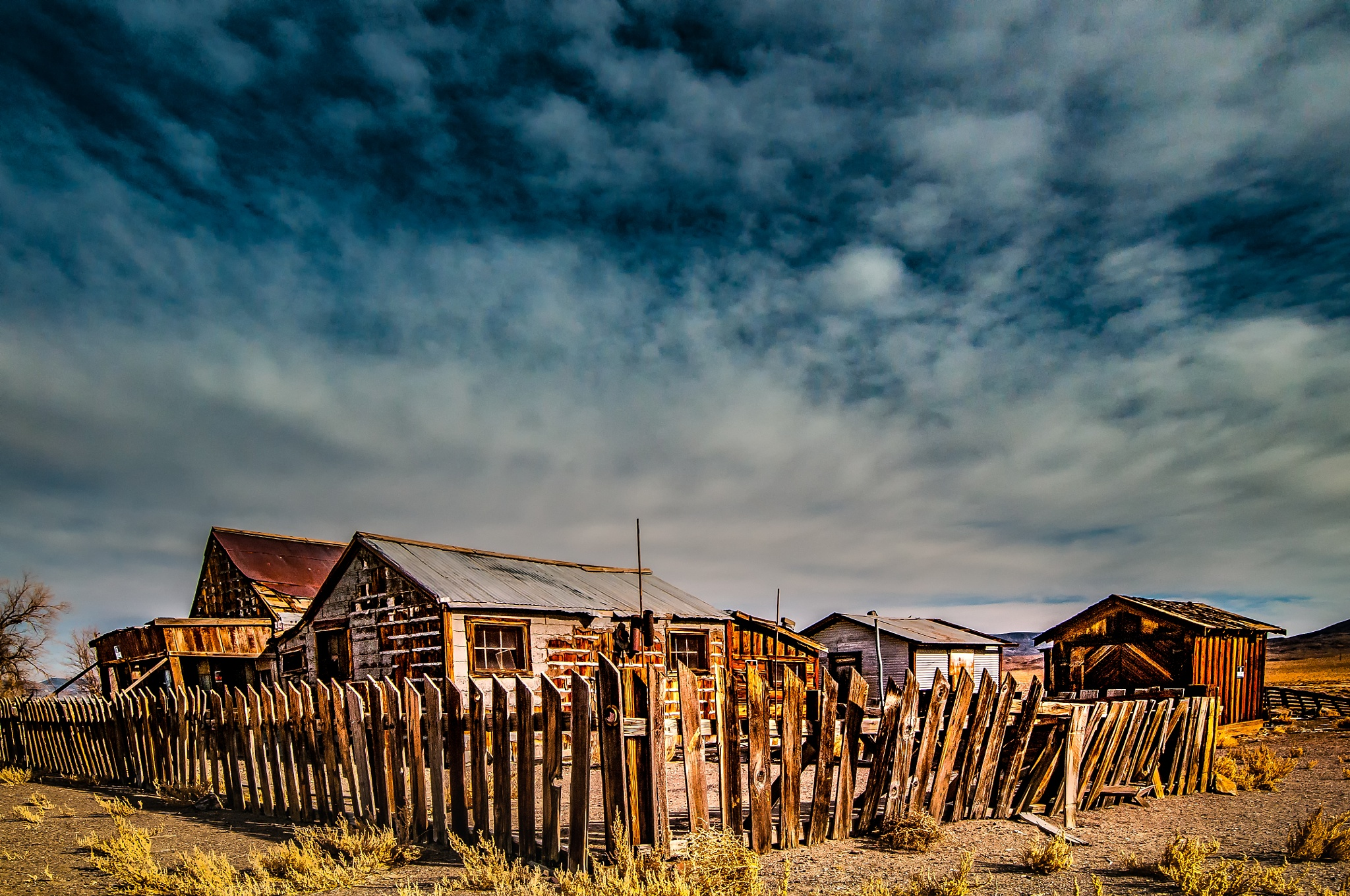 Luning Nevada by Janis Knight / Home Planet Images