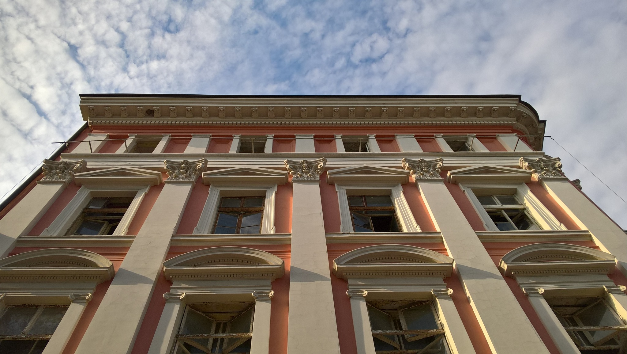 House (HDR) by Krasi Asenov
