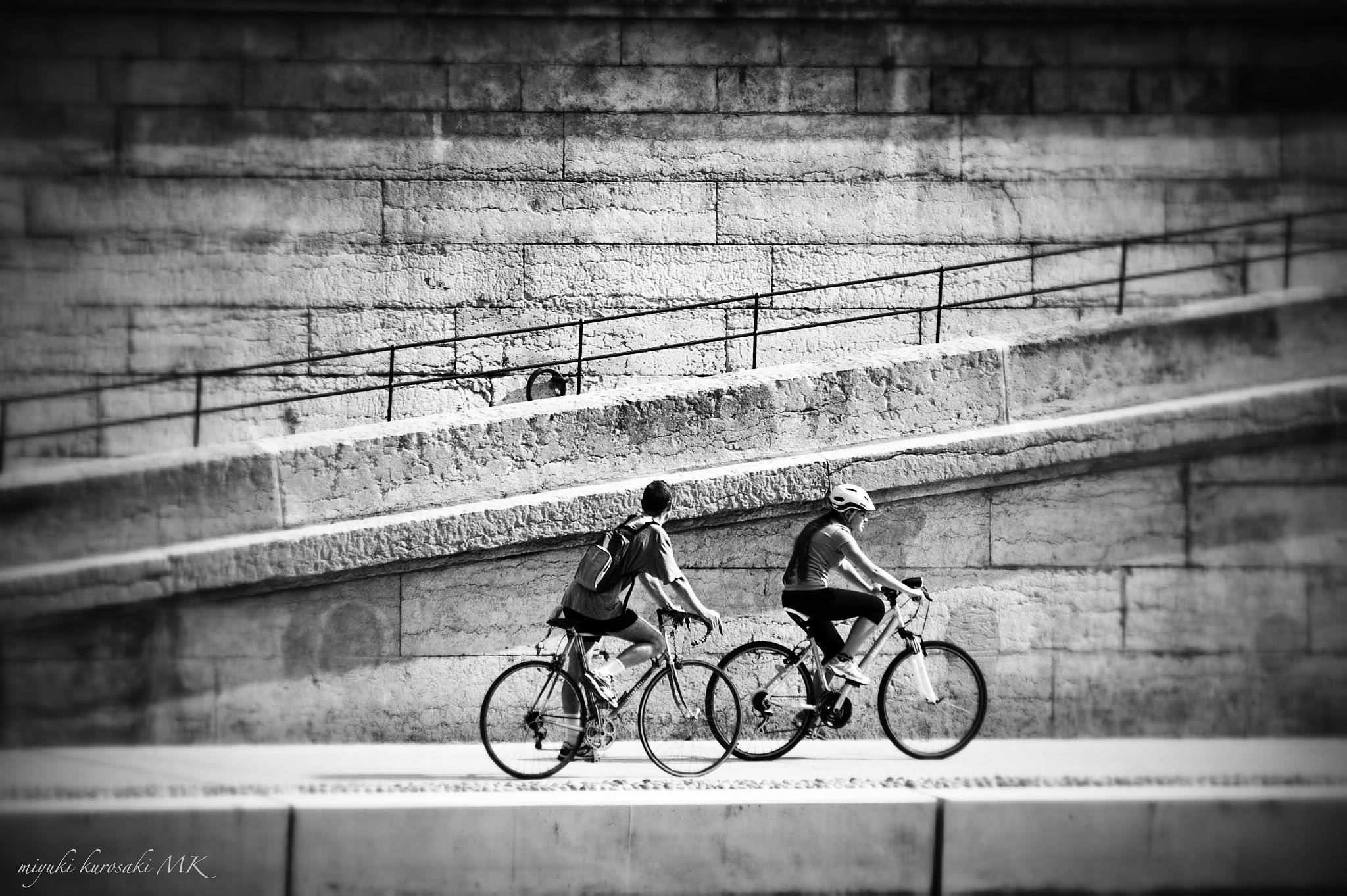 Slow time in Lyon by miyuK