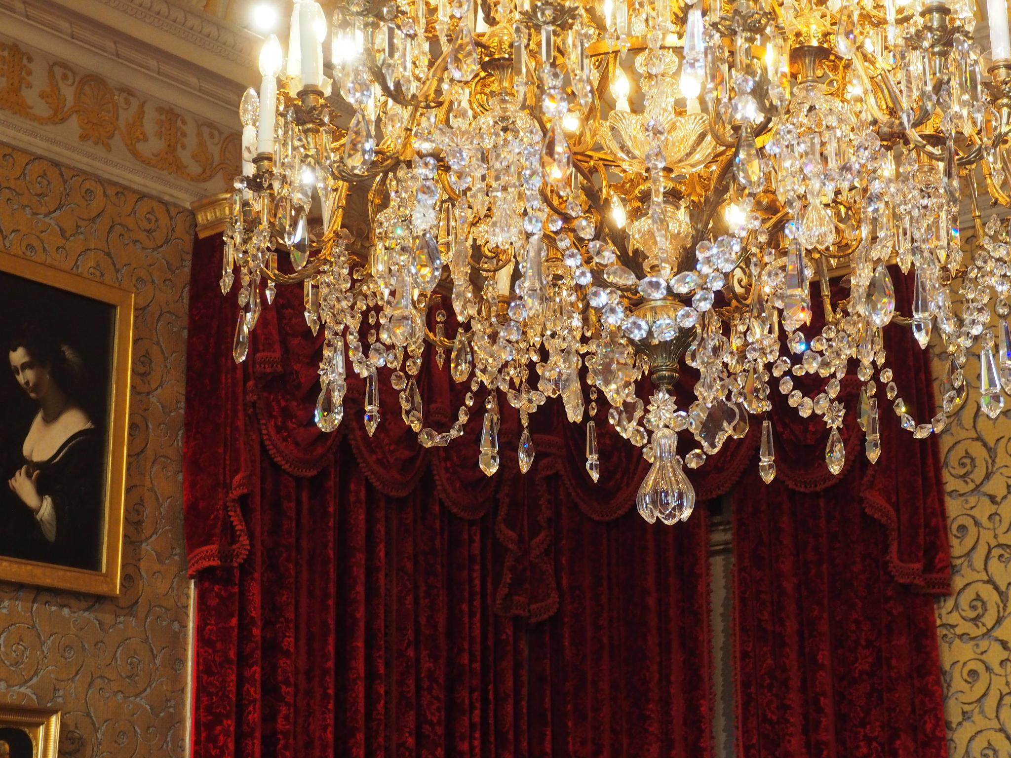 chandelier 1 by isreis64