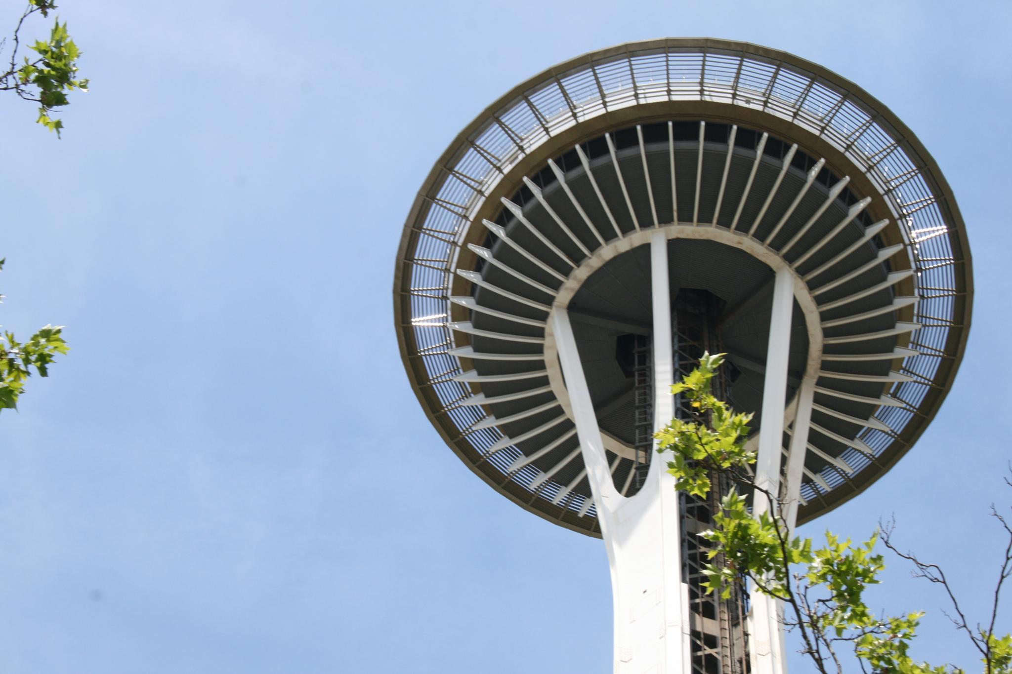 Space Needle, Seattle Washington by Earleyone