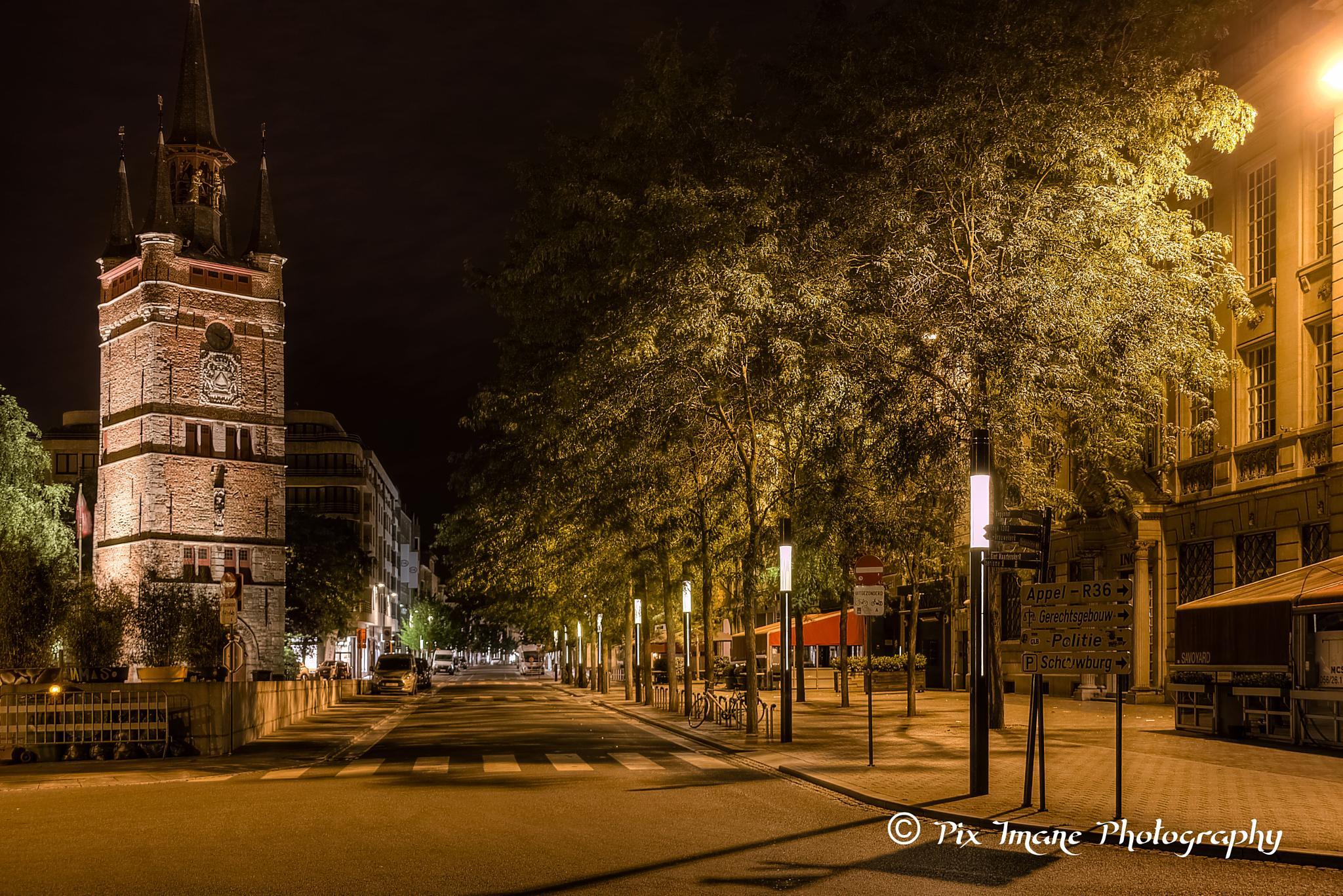 Belfort Kortrijk by night - West-Vlaanderen - Belgium by PixImane Photography