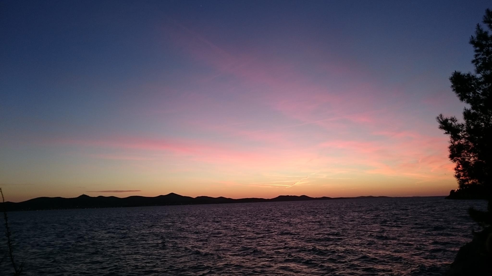 sunset in Zadar  by BAYLA