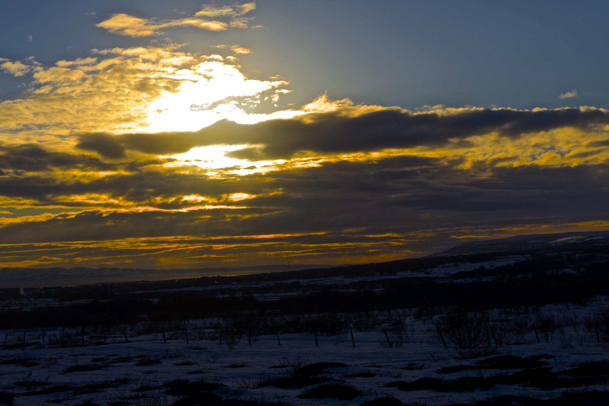 Goodbye Sun by OleFoto
