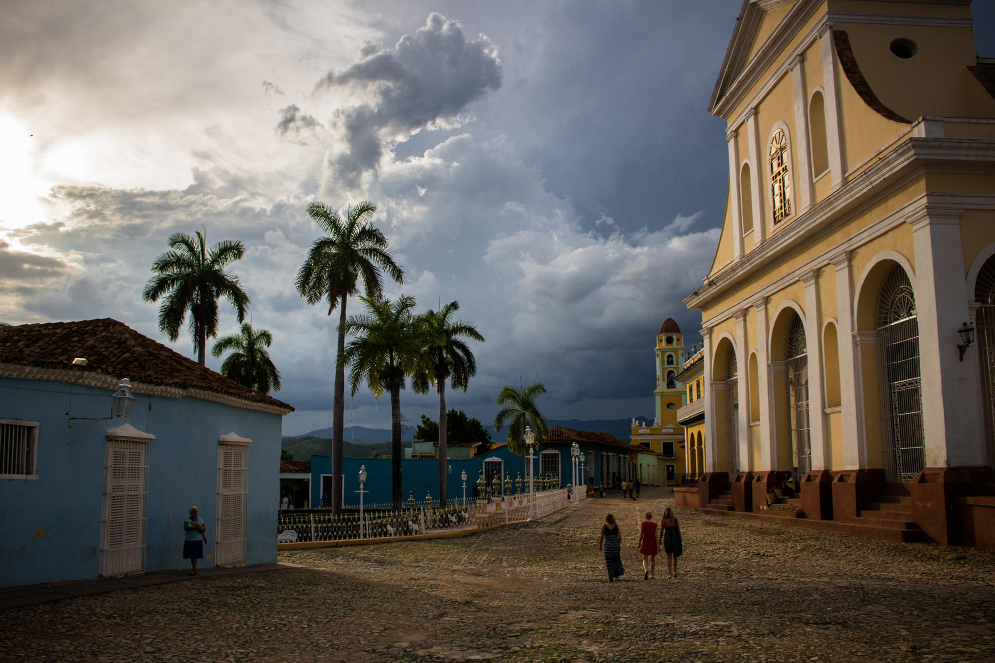 Sunset in Cuba by GAre5