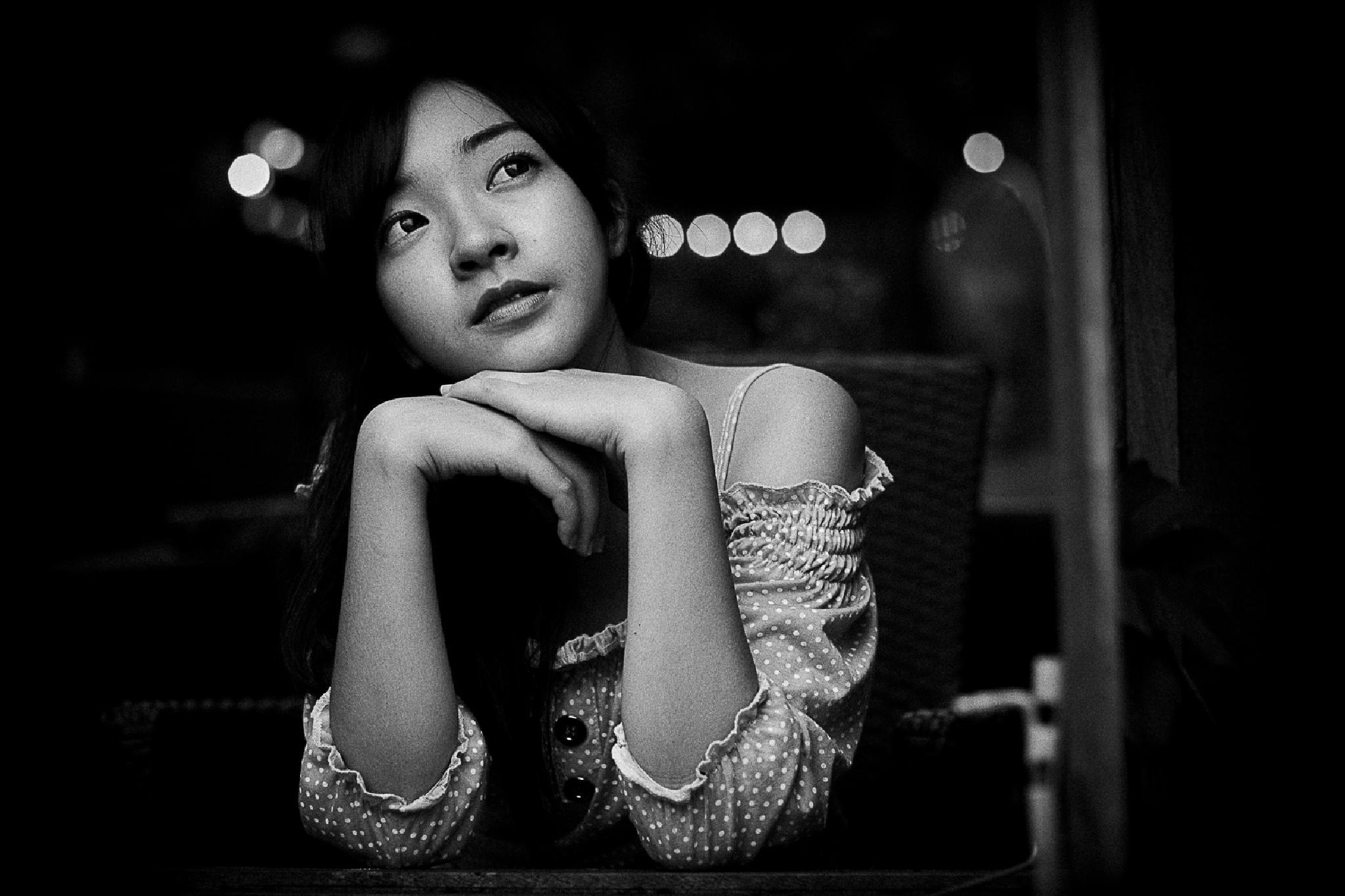 Noie by Thongchai Suriyarutsameevet