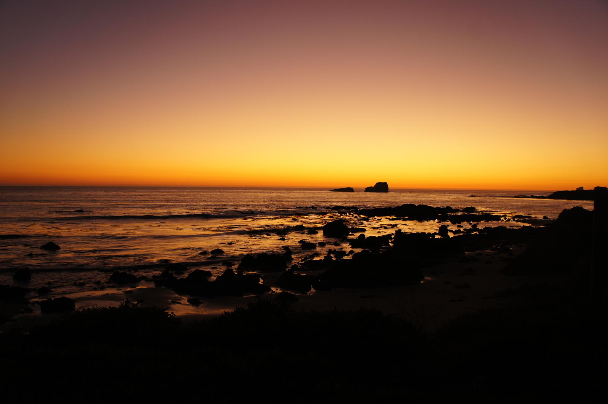 Sunset @ highway 1, San Simeone by Dave W