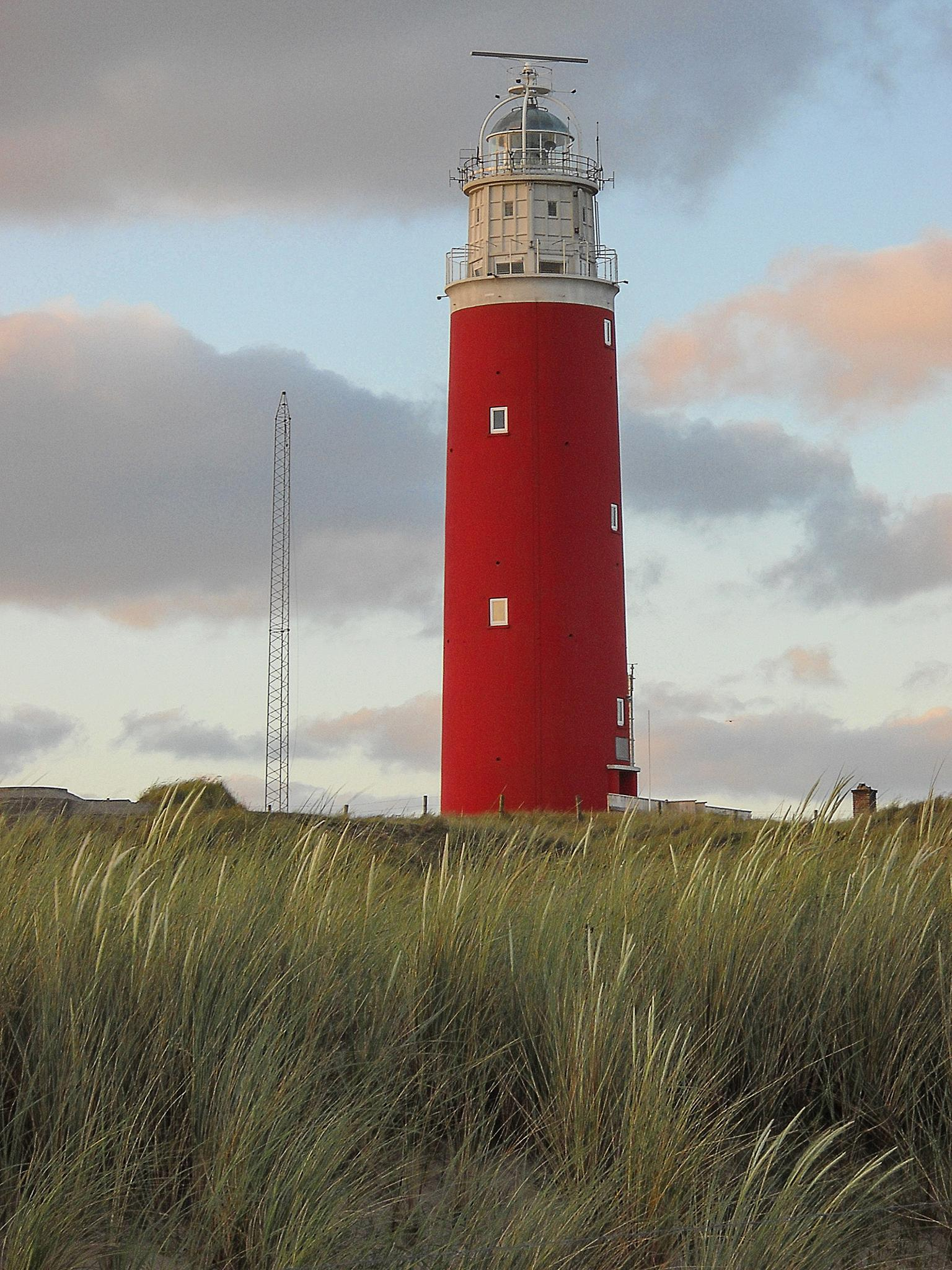 lighthouse by gerhard.buis