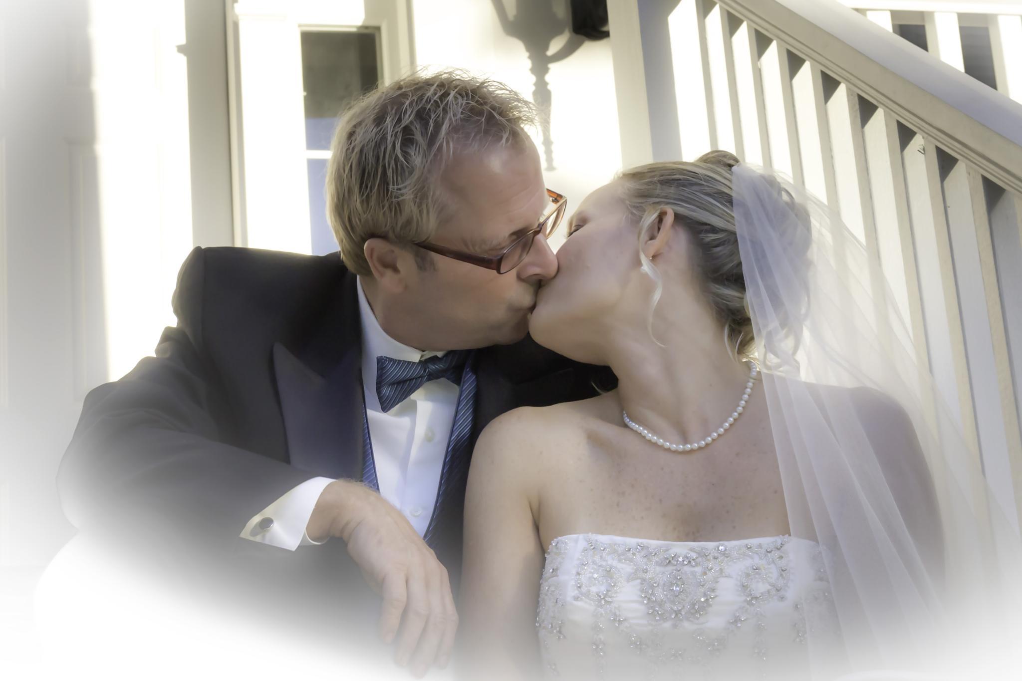 A Kiss by theresa.howard.102