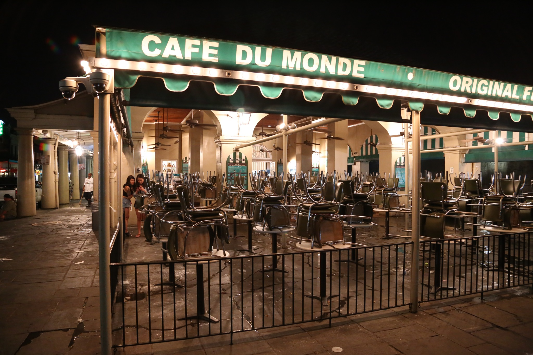 Cafe Du Monde at night by Henry M. Radcliffe III