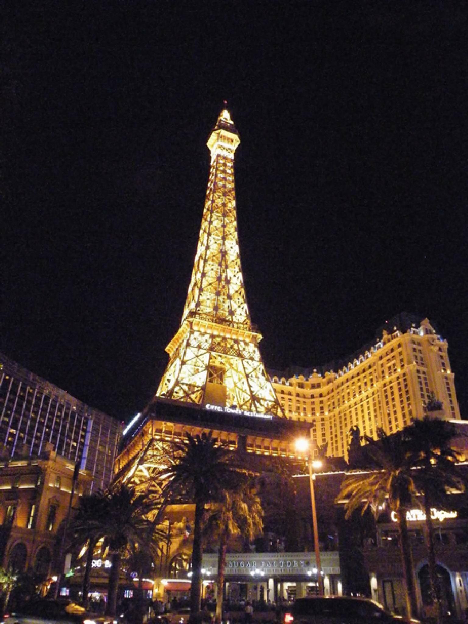Las Vegas!!!!!! by nicolajames754