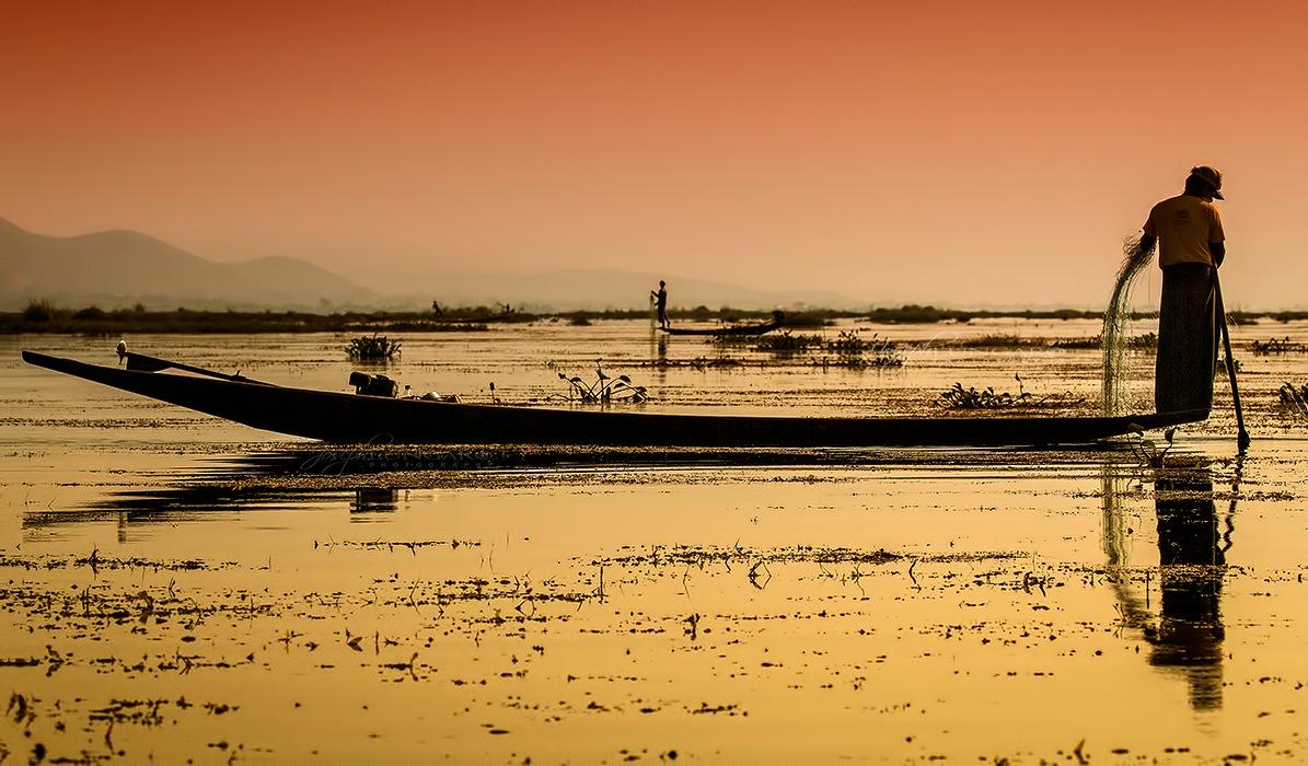 Sunset Catch by lungaro1