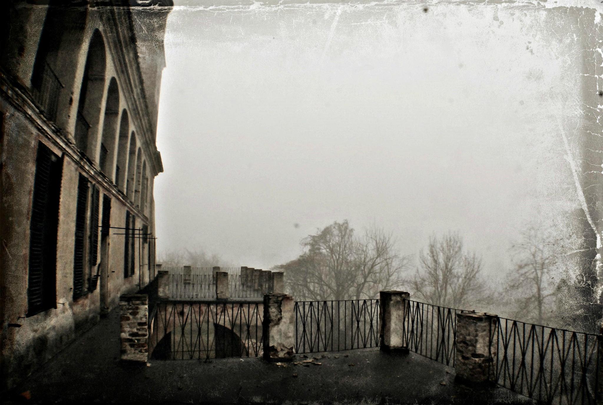 Ever Present Past by De Mysteriis Dom Urbex