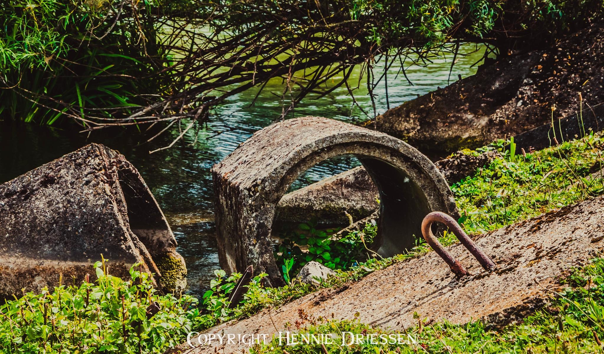 Water pollution by hennie.driessen.7