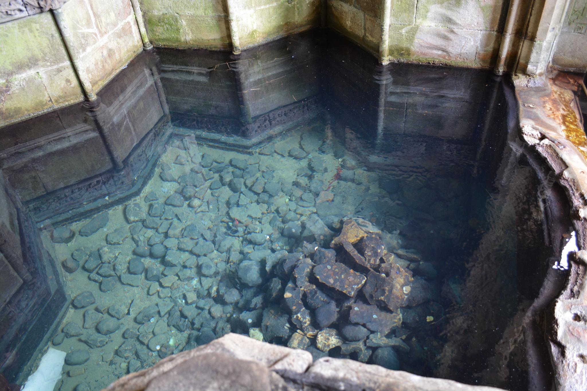 The Well by richardkinnair
