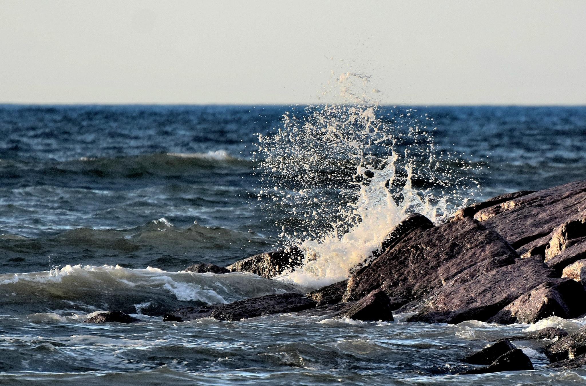 Galveston Tx 285~Crashing Waves 6 by Lawrence Scott Hess