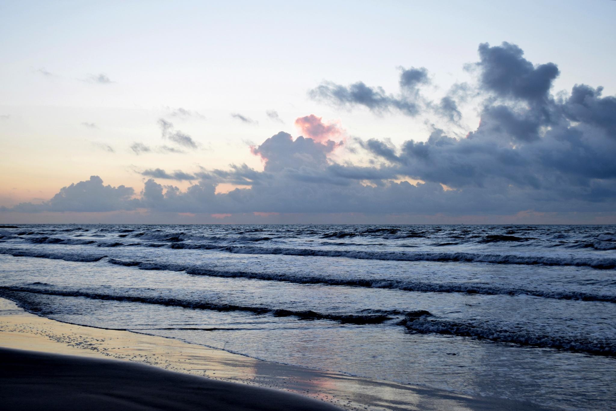 Galveston Tx 347~Morning Sunrise And Waves by Lawrence Scott Hess