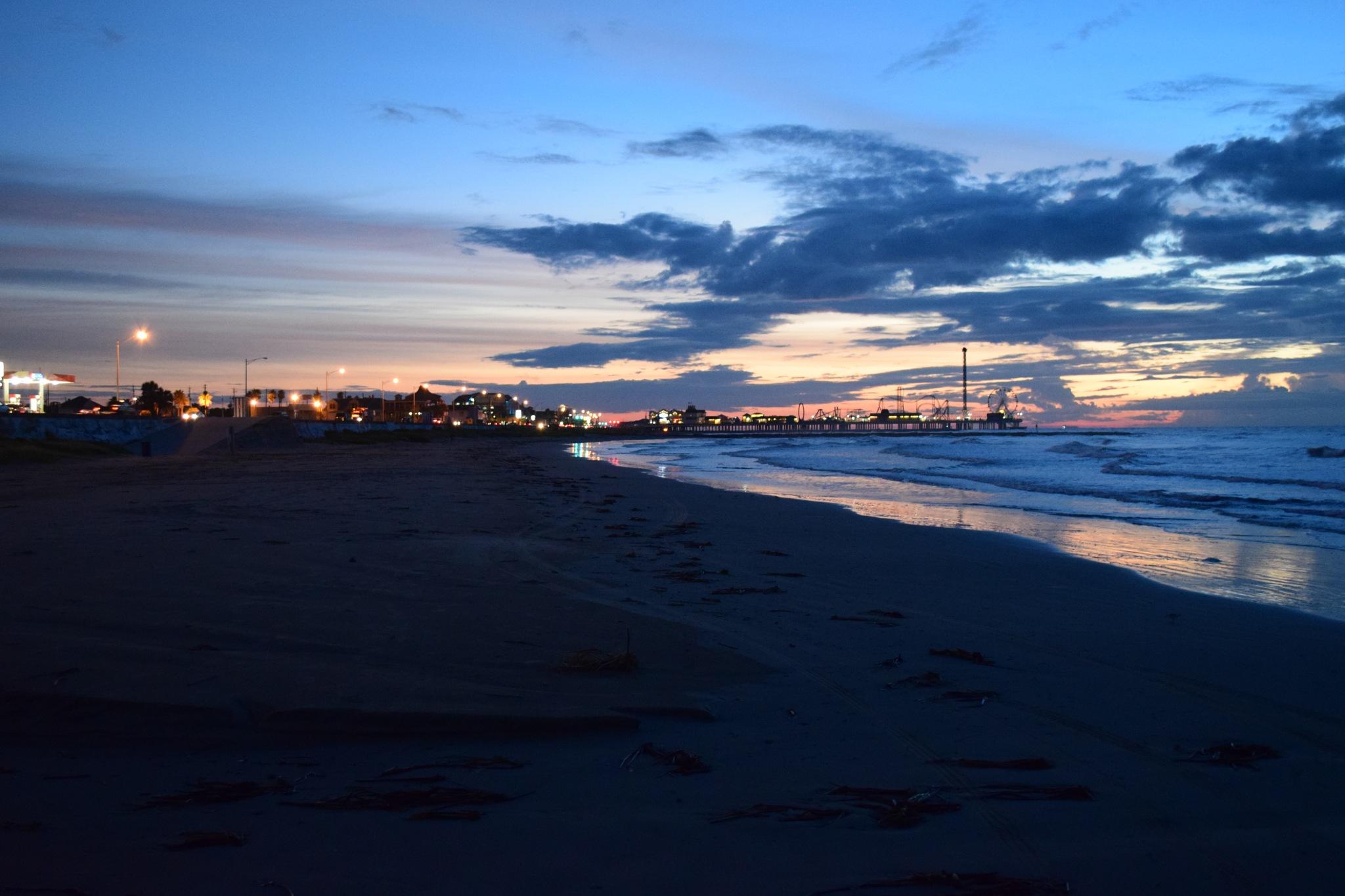 Galveston 105~Sunrise Lighting by Lawrence Scott Hess