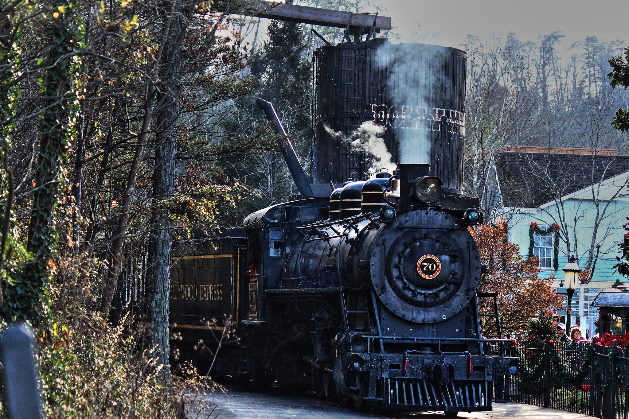 Dollywood coal train by Clark L. Roberts