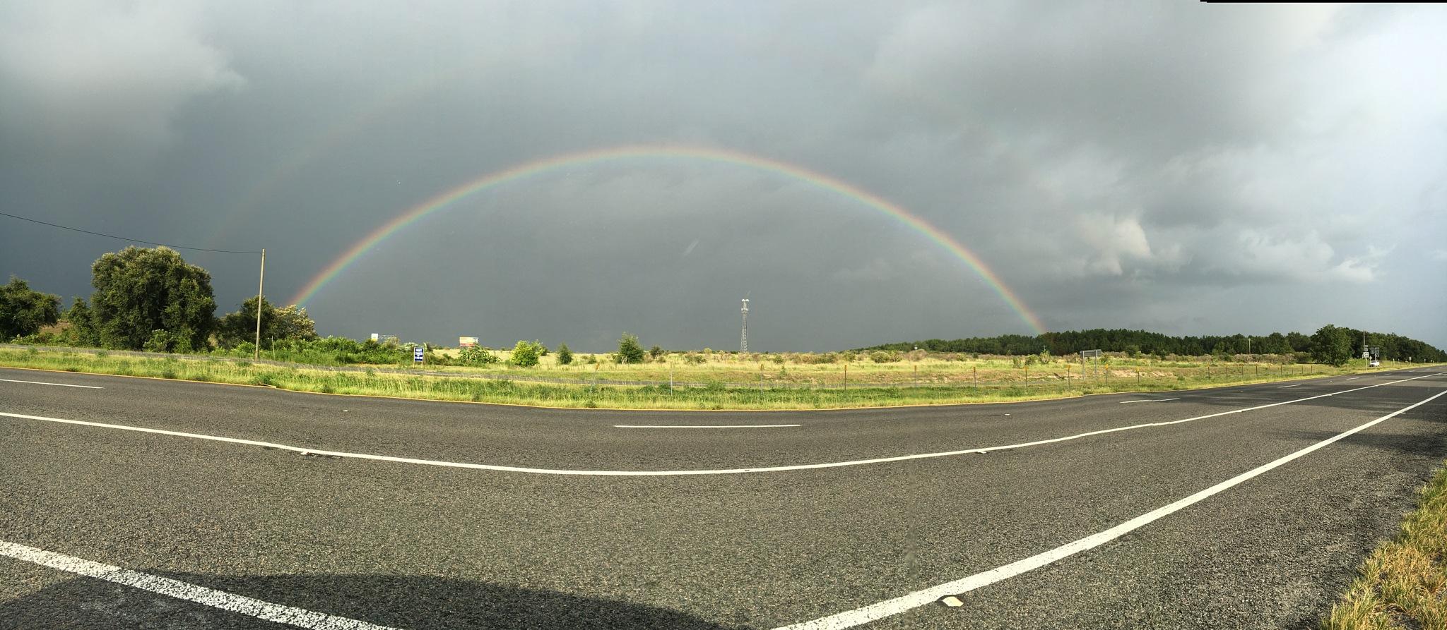 Over the rainbow  by taimyM