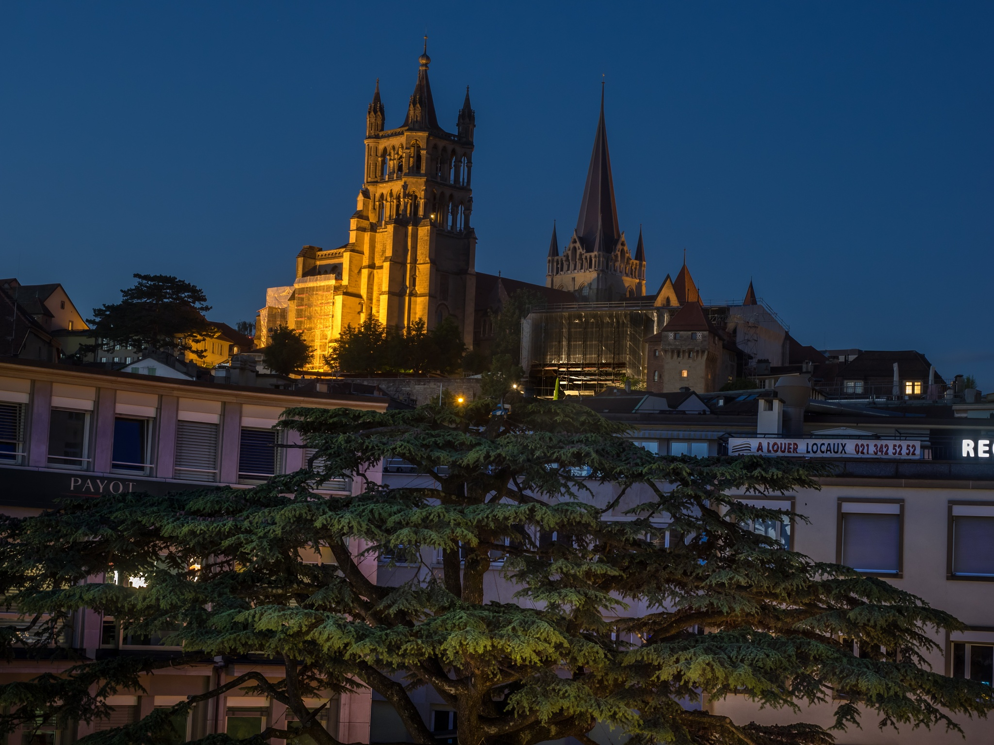 Lausanne by pixer