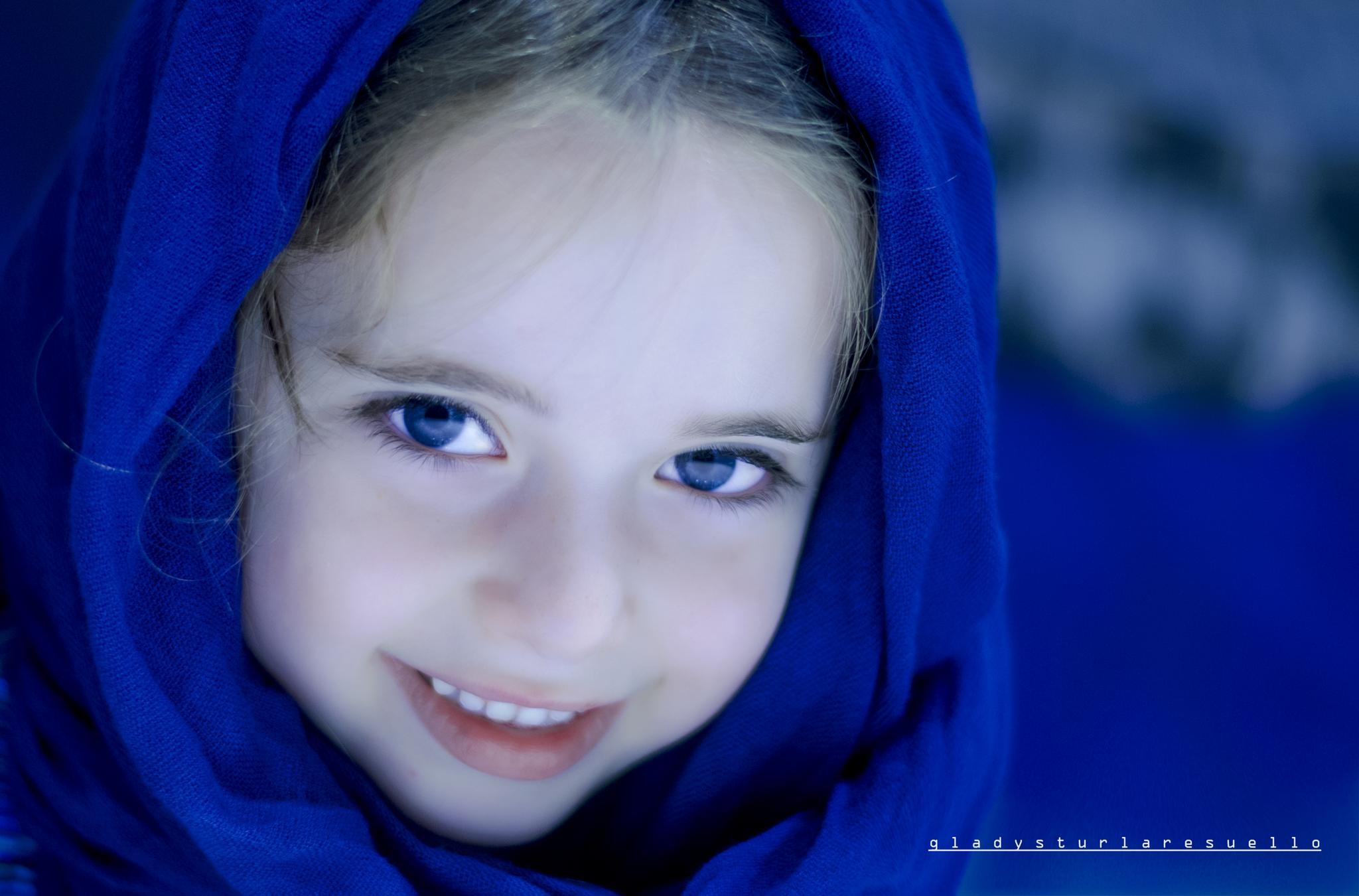 Little Ms. Blue by tresuellogladz