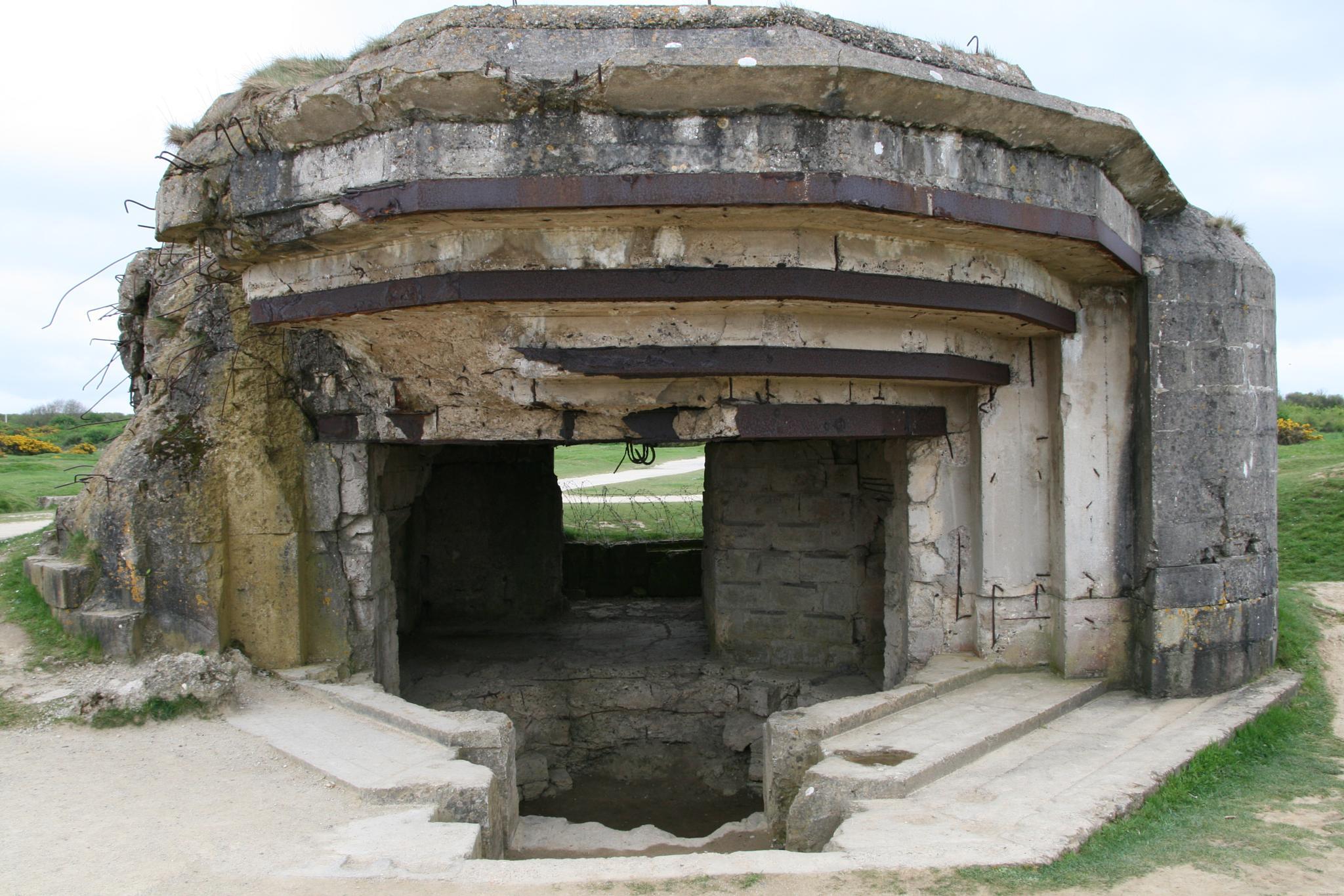 A bunker in Normandie by helen.vandenbroek.9