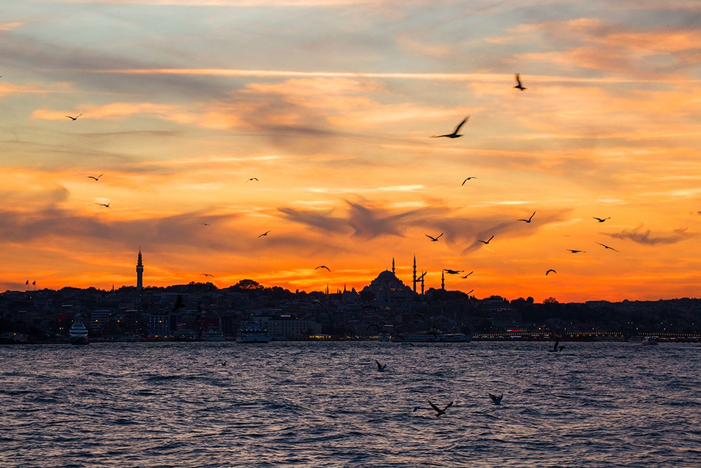 sunset of istanbul by necatiphoto