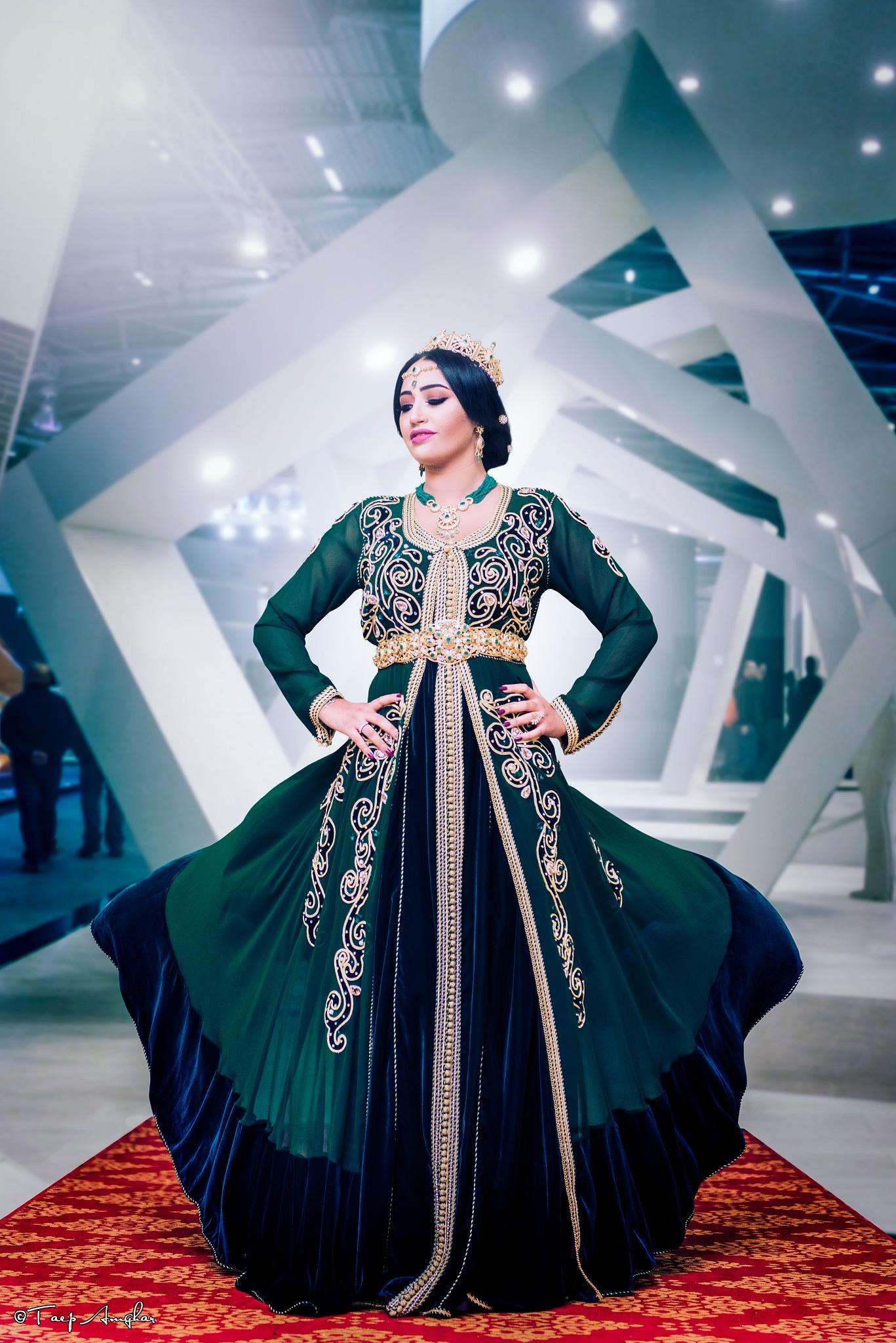 Fashion Shot #2 by tayep  amghar