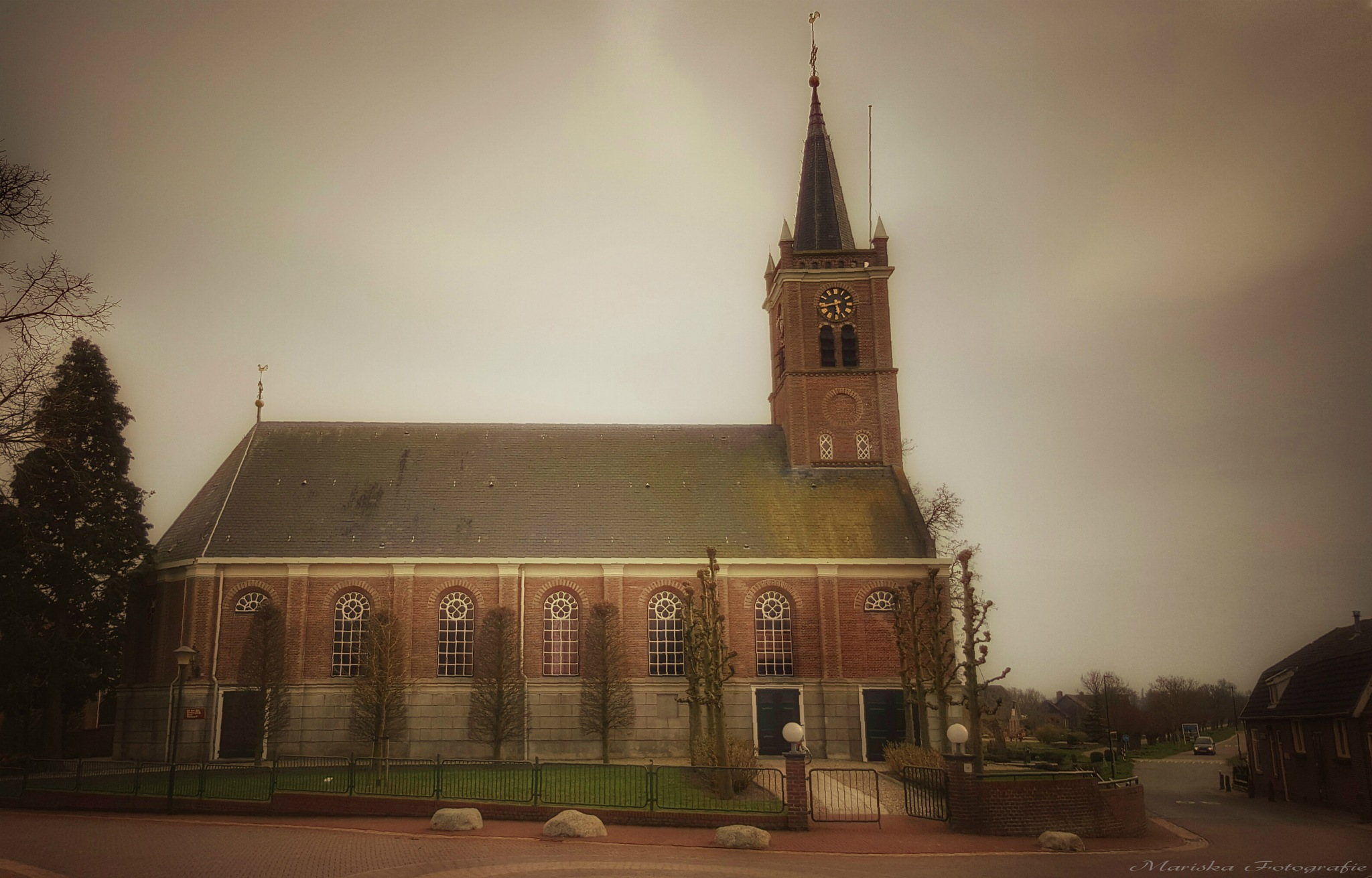 Arkel The Netherlands by Chaynasa