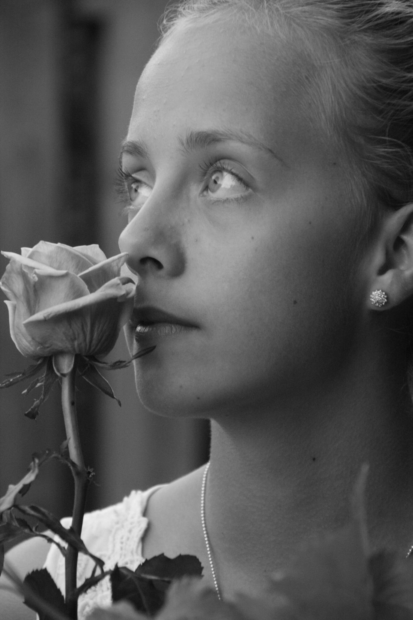 Lovely girl by Nille.N