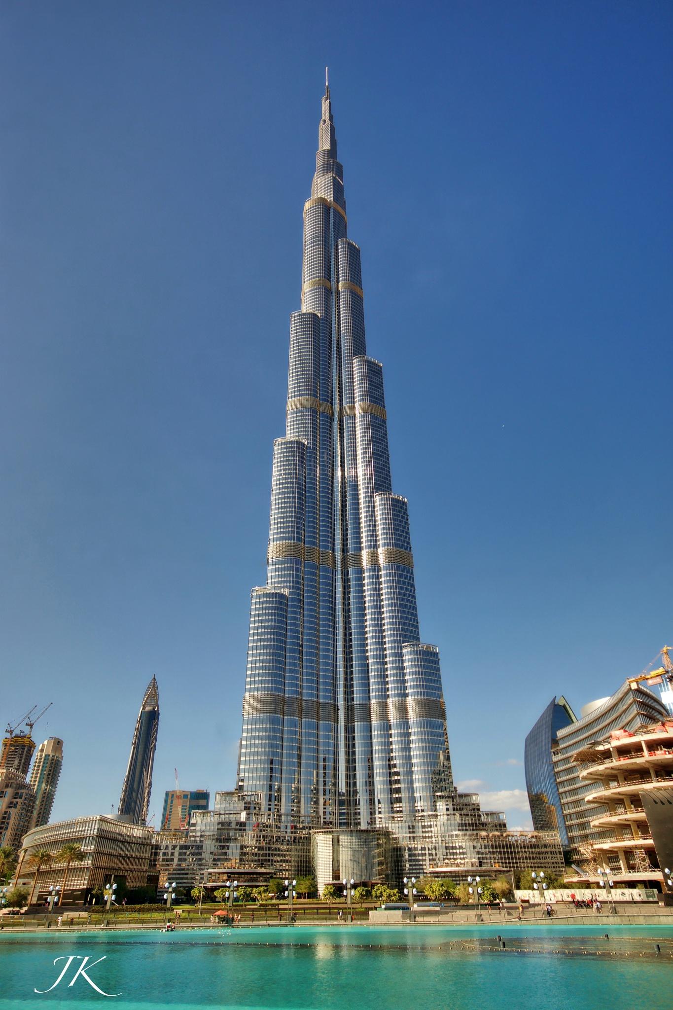 Burg Khalifa  by Julian K.