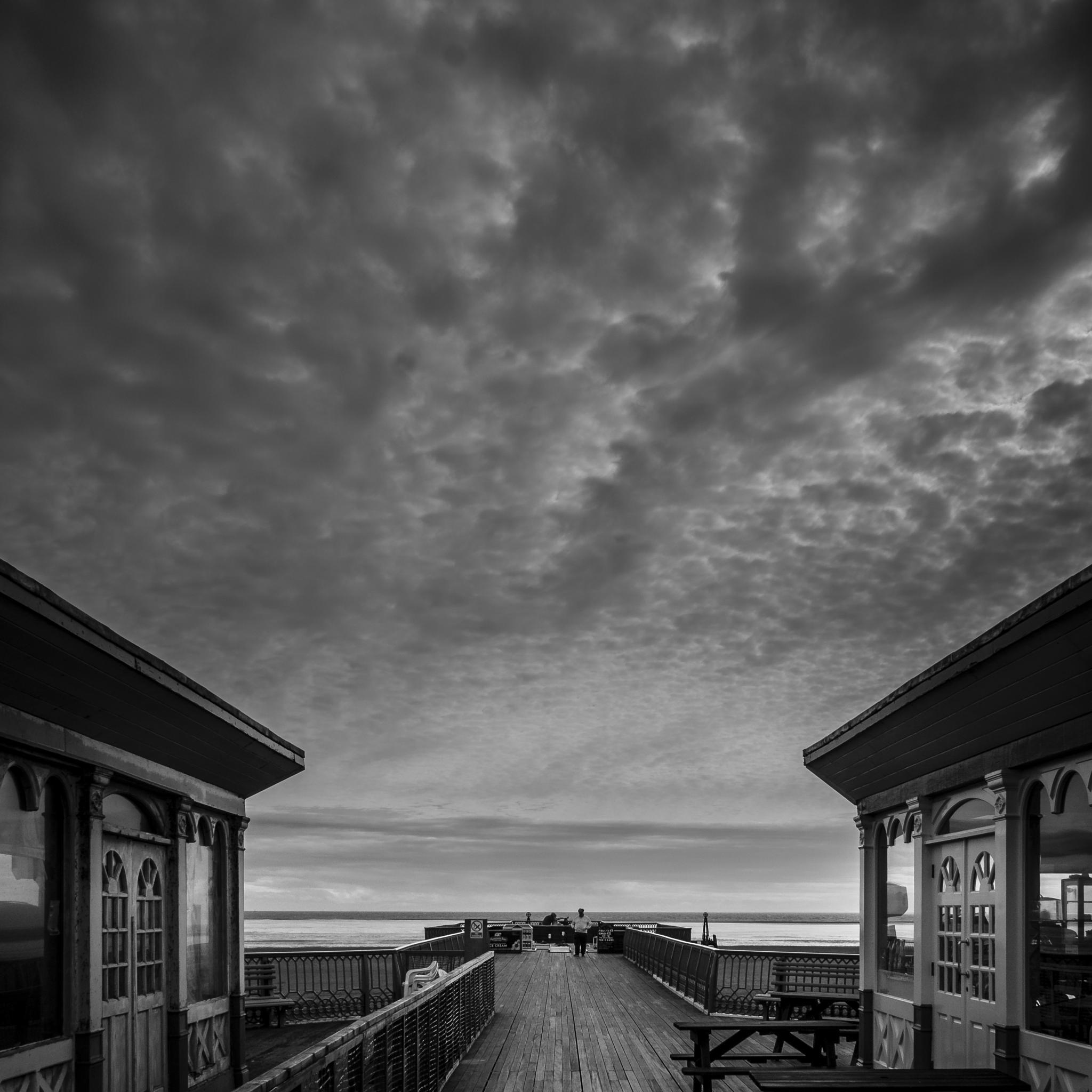 Pier by Tony Harratt