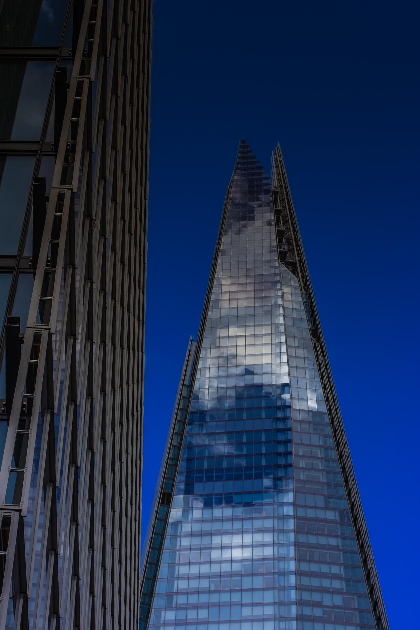 Bluesky Shard by wale