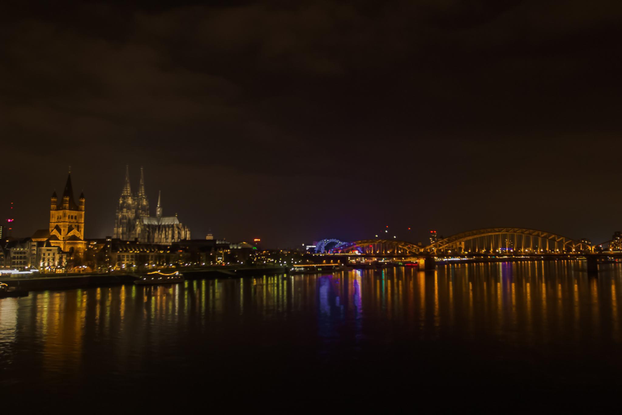 Wide Angle Köln by wale