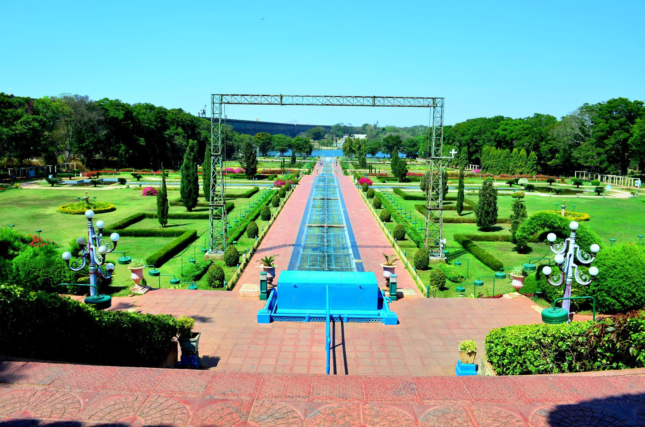 Myzore Brindaban Garden by Syam M S