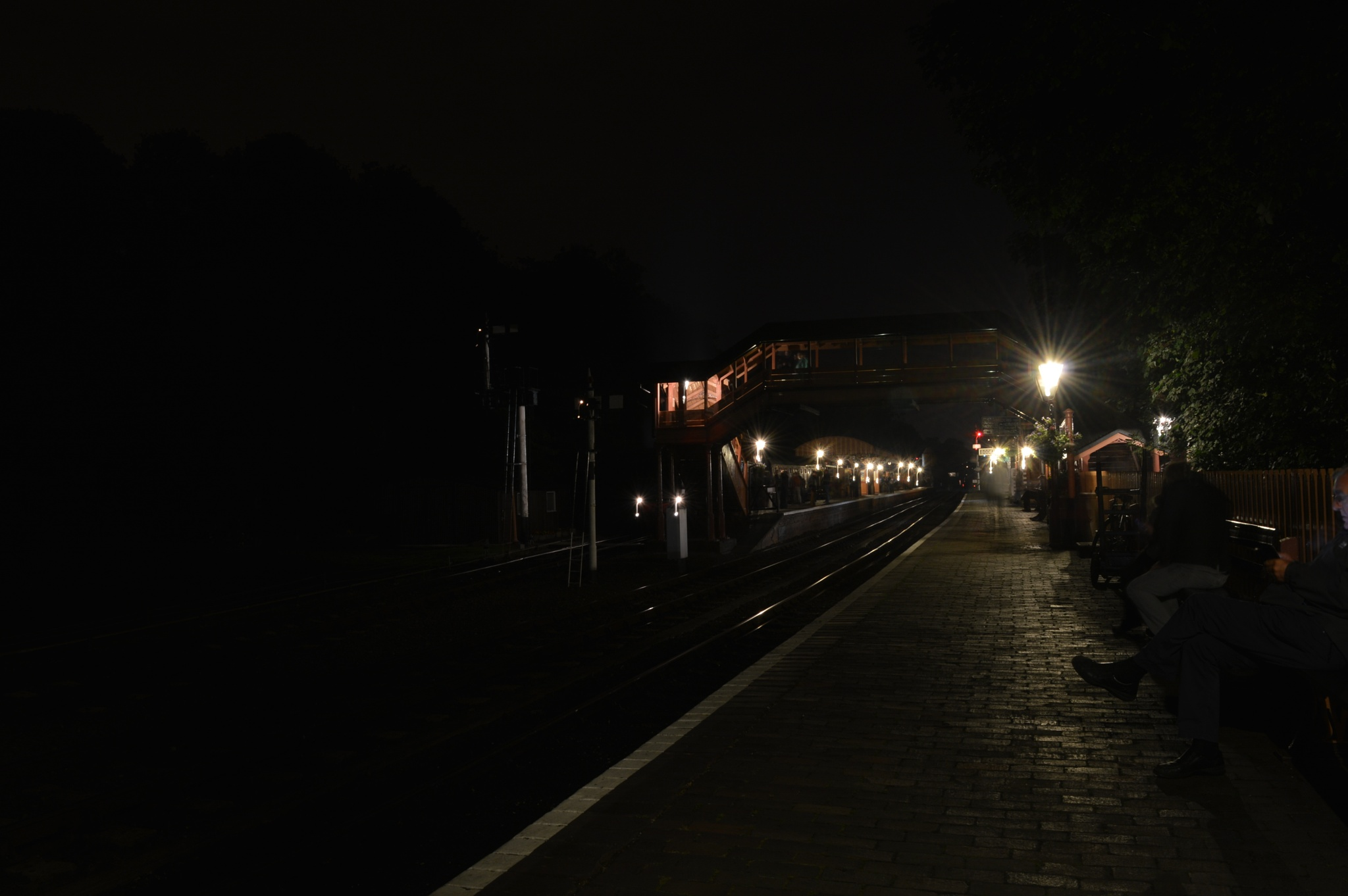 Bewdley Station at night by adrian.williams.58323