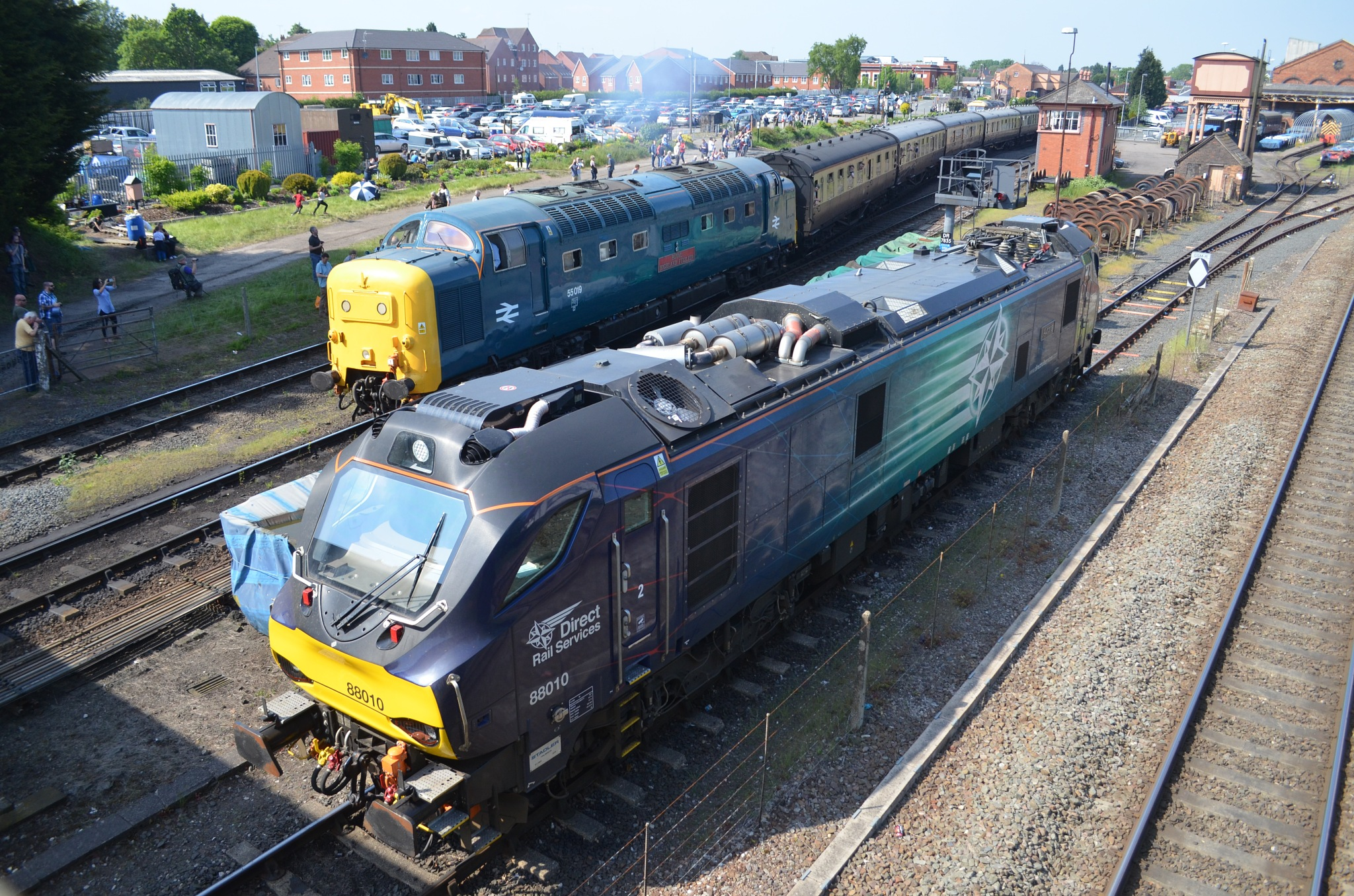 A BUSY SCENE by adrian.williams.58323